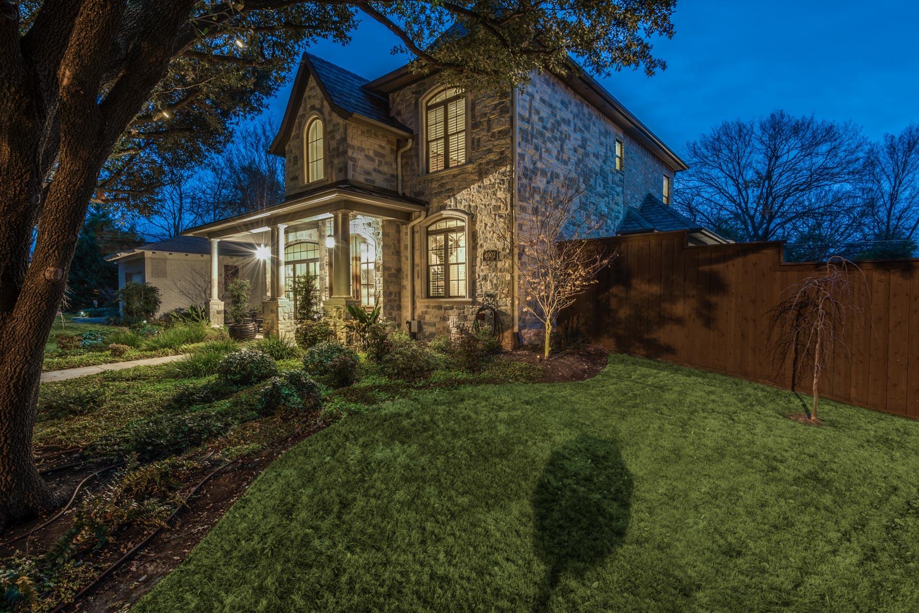 Einfamilienhaus für Verkauf beim Gorgeous Midway Hollow Traditional 4002 Park Ln Dallas, Texas, 75220 Vereinigte Staaten