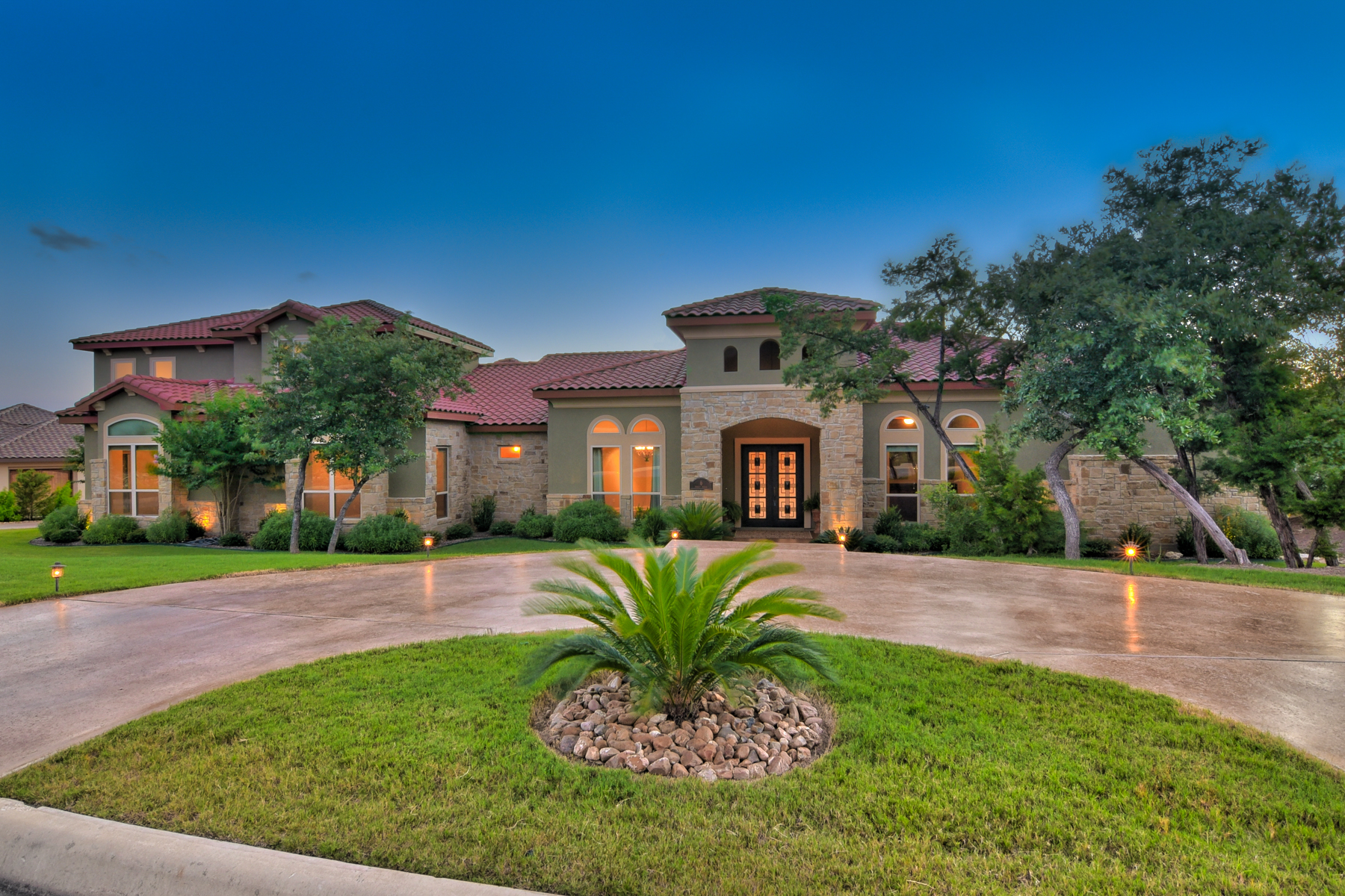 Single Family Home for Sale at Gorgeous Estate in The Dominion 6 Paseo Rioja San Antonio, Texas 78257 United States