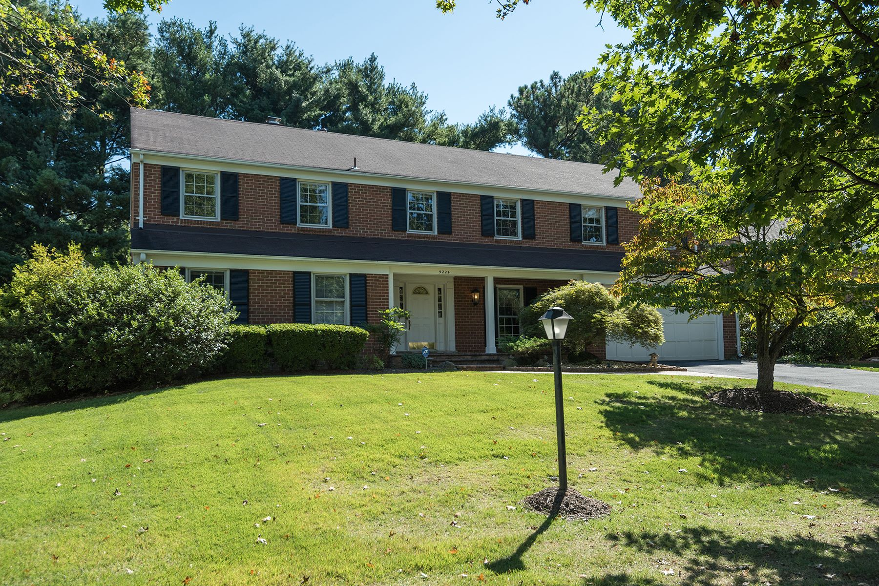 獨棟家庭住宅 為 出售 在 9224 Falls Chapel Way, Potomac Potomac, 馬里蘭州 20854 美國