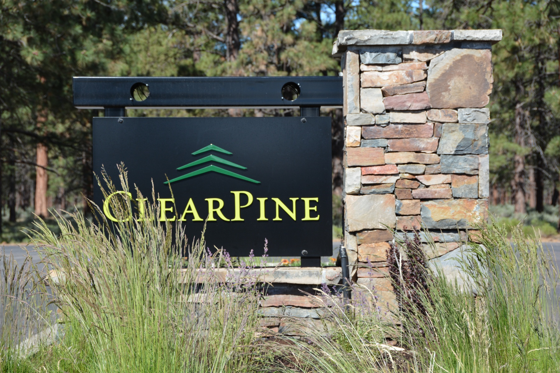 Land for Sale at Flat Build Ready Lot in ClearPine! 0 Heising Dr Lot 16 Sisters, Oregon, 97759 United States