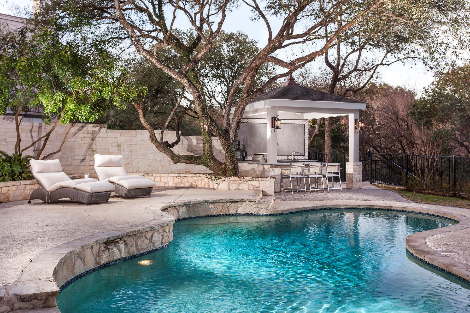Single Family Home for Sale at Live the Lake Austin Lifestyle 2800 Westlake Dr Austin, Texas, 78746 United States