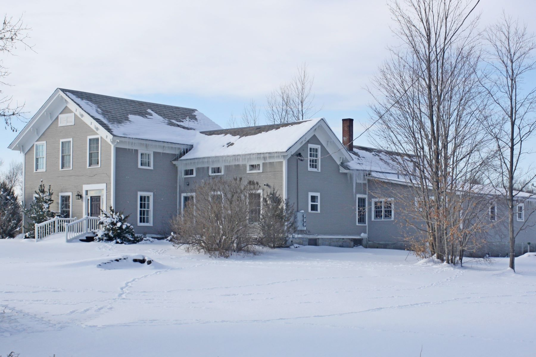 Single Family Home for Sale at 1986 Route 74, Cornwall Cornwall, Vermont, 05753 United States