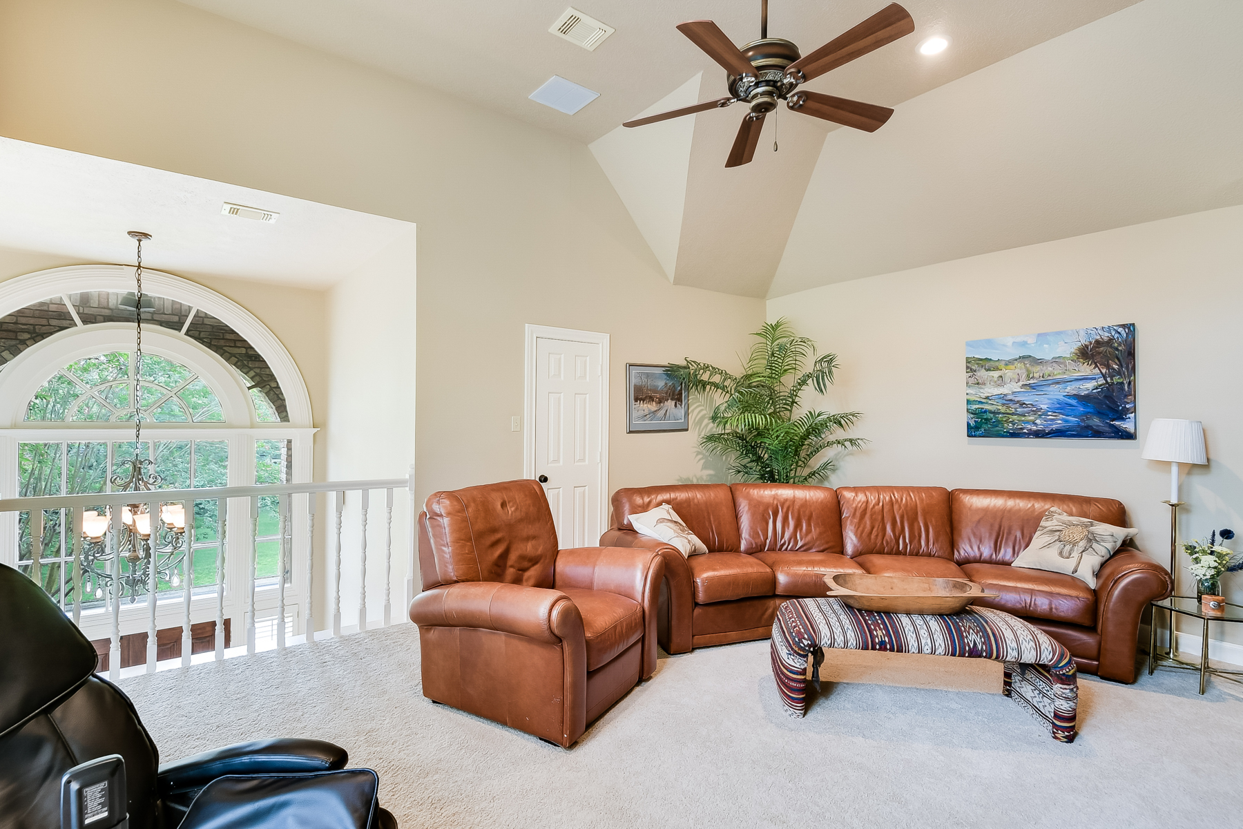 Additional photo for property listing at Beautful Garden Home in The Dominion 21 Burnham Glen San Antonio, Texas 78257 United States