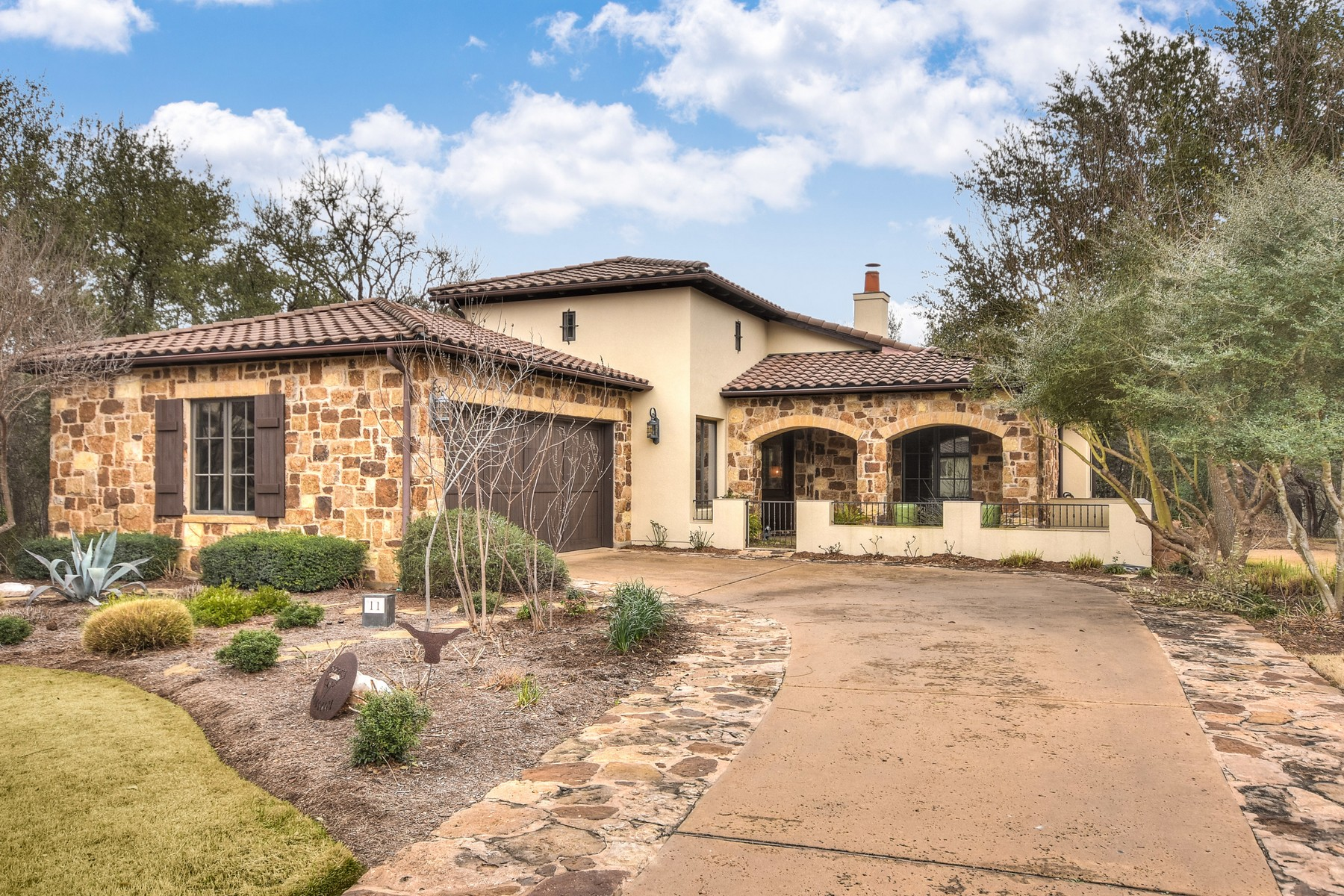 Single Family Home for Sale at Lock it. Leave it. Love it. 4501 Spanish Oaks Club Blvd 11 Austin, Texas, 78738 United States