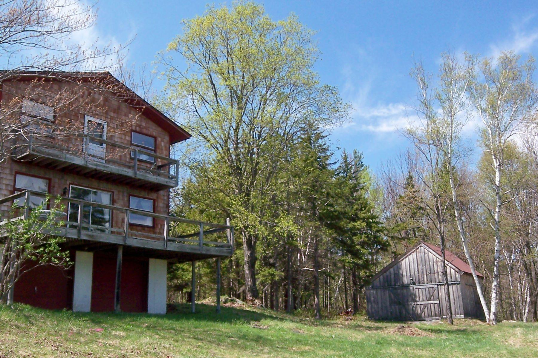 独户住宅 为 销售 在 Large Acreage Abutting Town Forest 95 Whites Hill Rd, 多佛, 佛蒙特州, 05341 美国