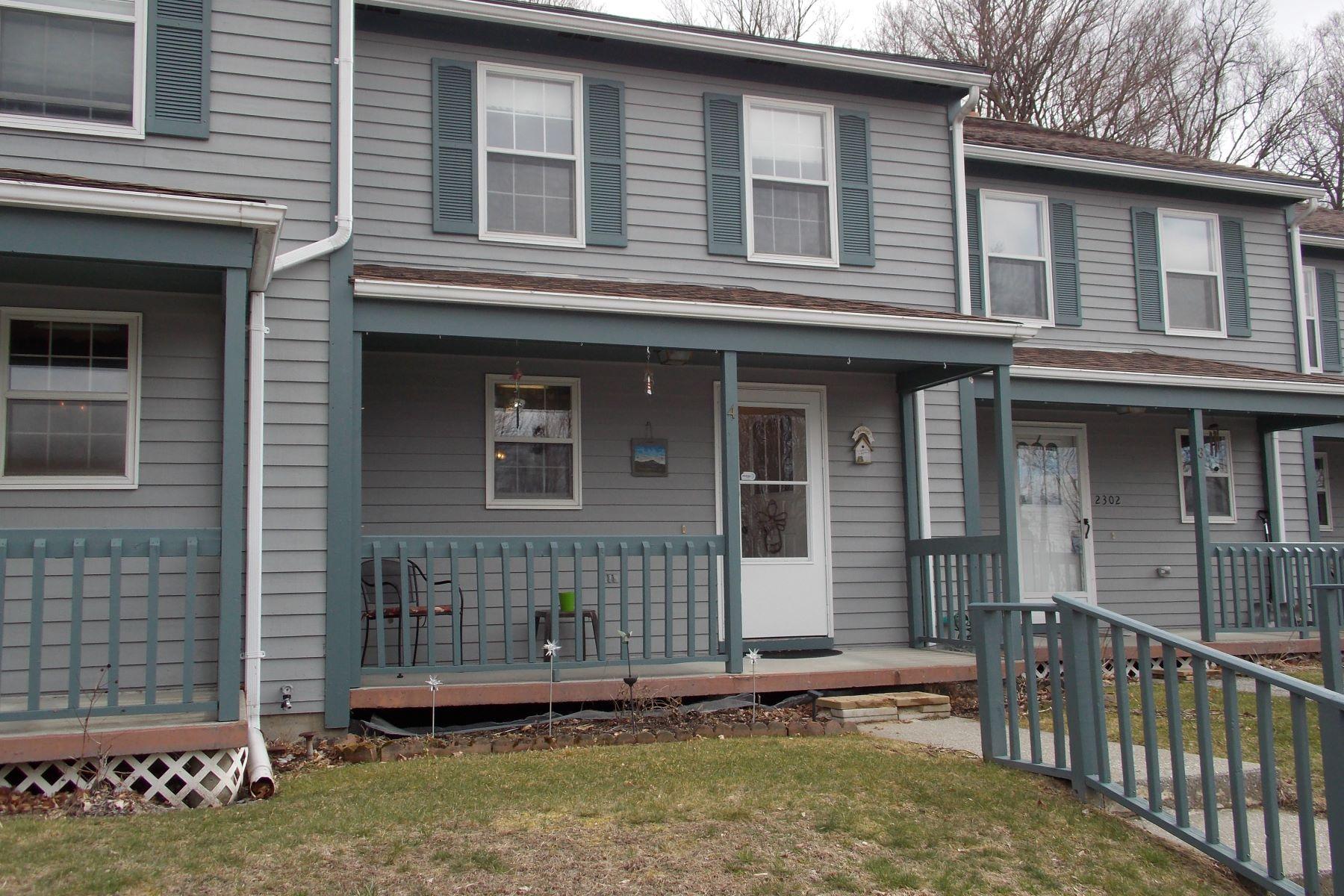 Condominio per Vendita alle ore 2302 Kellogg Rd 4, St. Albans Town St. Albans, Vermont, 05478 Stati Uniti