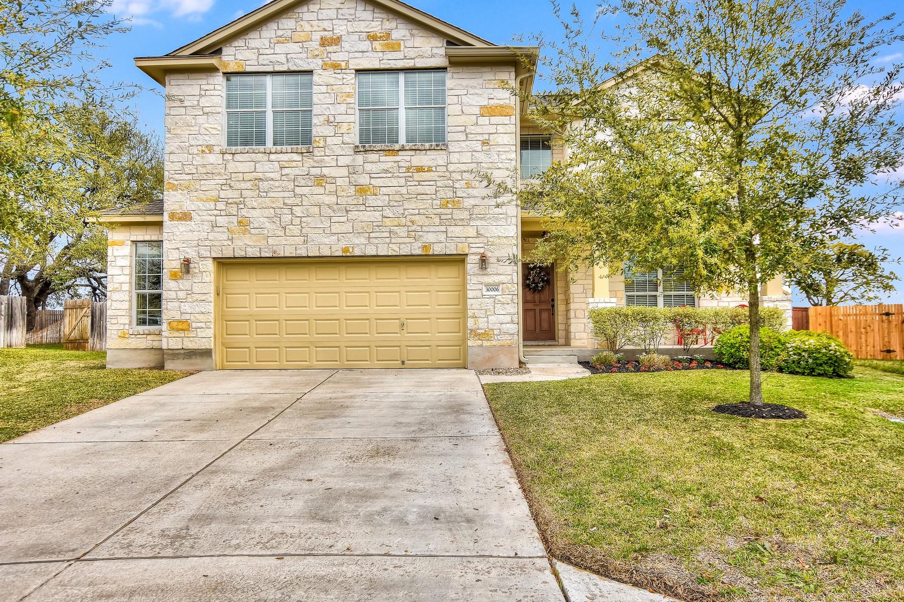 Casa Unifamiliar por un Venta en Georgetown Living at its Best! 30006 Bumble Bee Dr Georgetown, Texas 78628 Estados Unidos