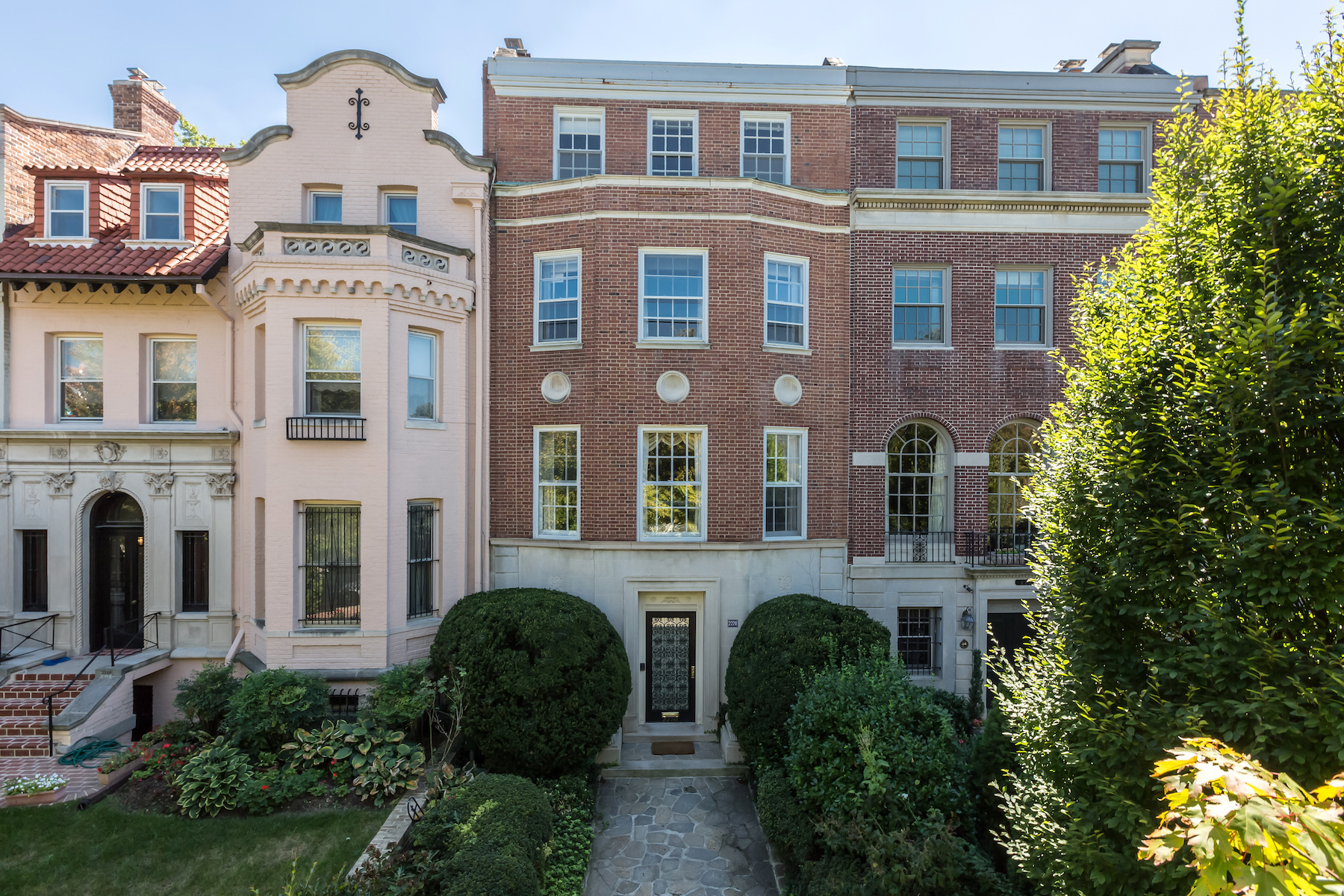 Townhouse for Sale at Kalorama 2220 Wyoming Avenue Nw Washington, District Of Columbia 20008 United States