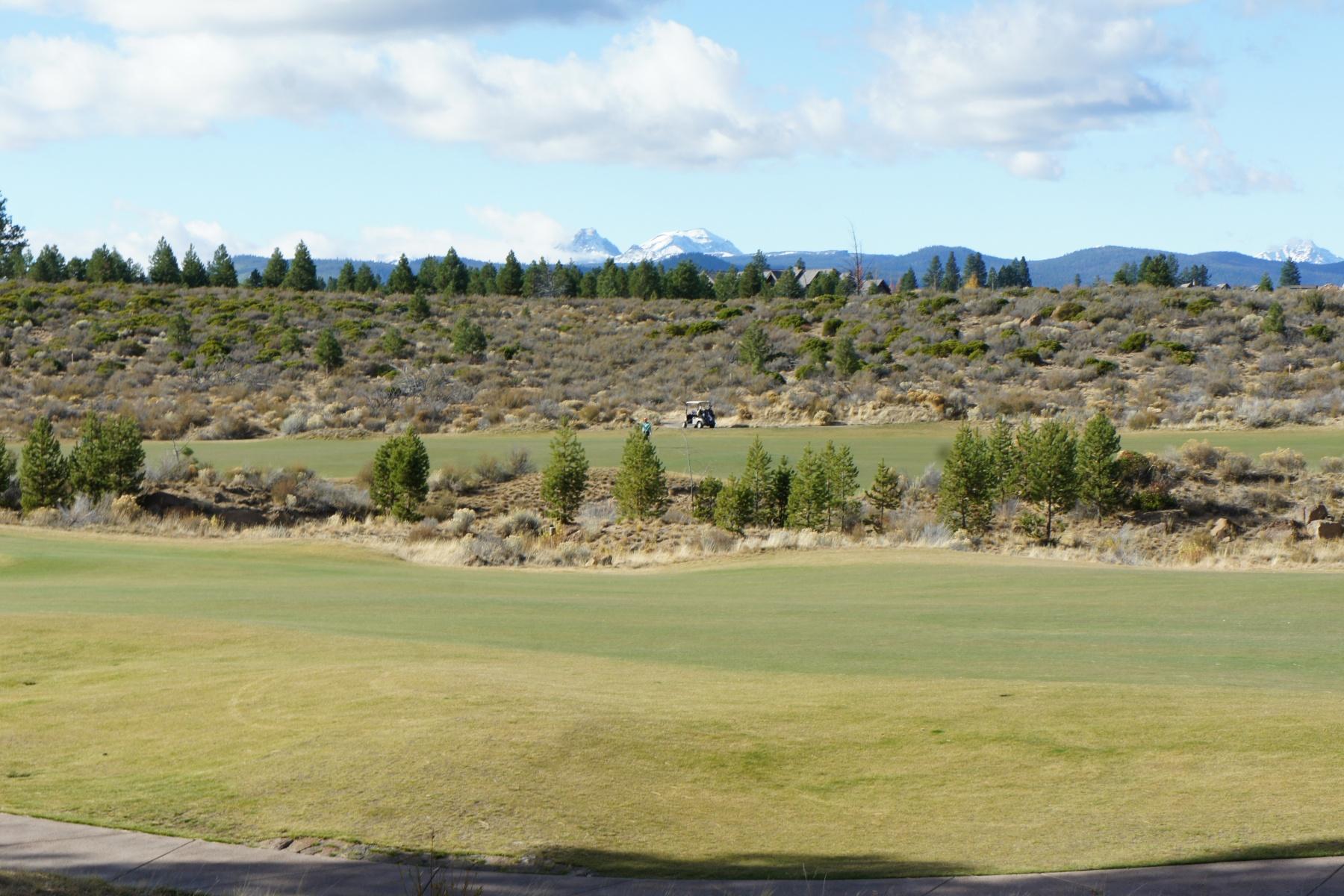 土地 のために 売買 アット Prime Tetherow Lot-Golf & Mtn Views 61557-Lot 209 Hardin Martin Court Bend, オレゴン, 97702 アメリカ合衆国