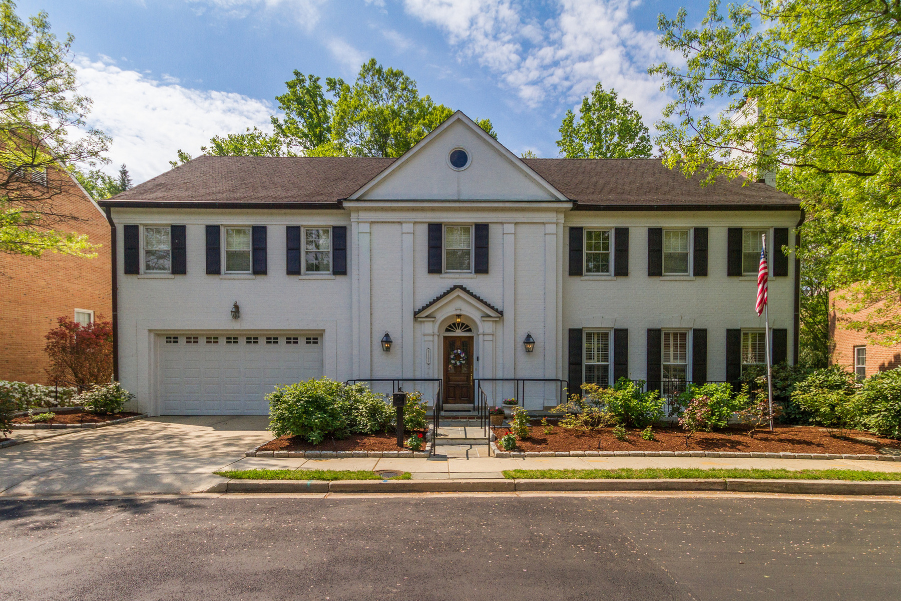 Casa para uma família para Venda às 5137 Yuma Street Nw, Washington Spring Valley, Washington, Distrito De Columbia, 20016 Estados Unidos