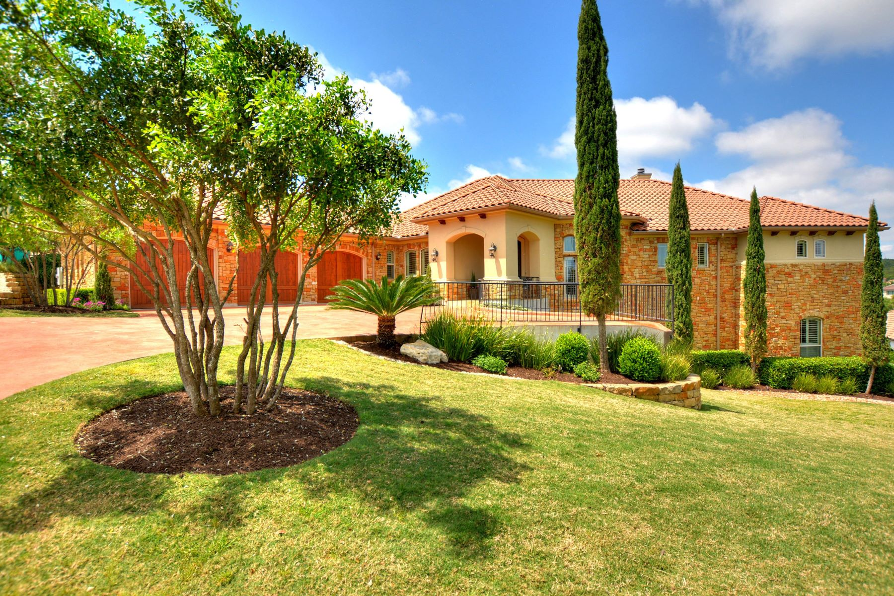 Single Family Home for Sale at Stunning Mix of Elegance and Luxury 3830 Pawnee Pass Austin, Texas, 78738 United States