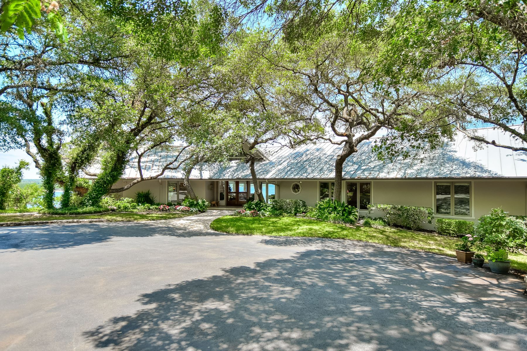 Single Family Home for Sale at Paradise Found 3308 N Ranch Road 620 Austin, Texas 78734 United States