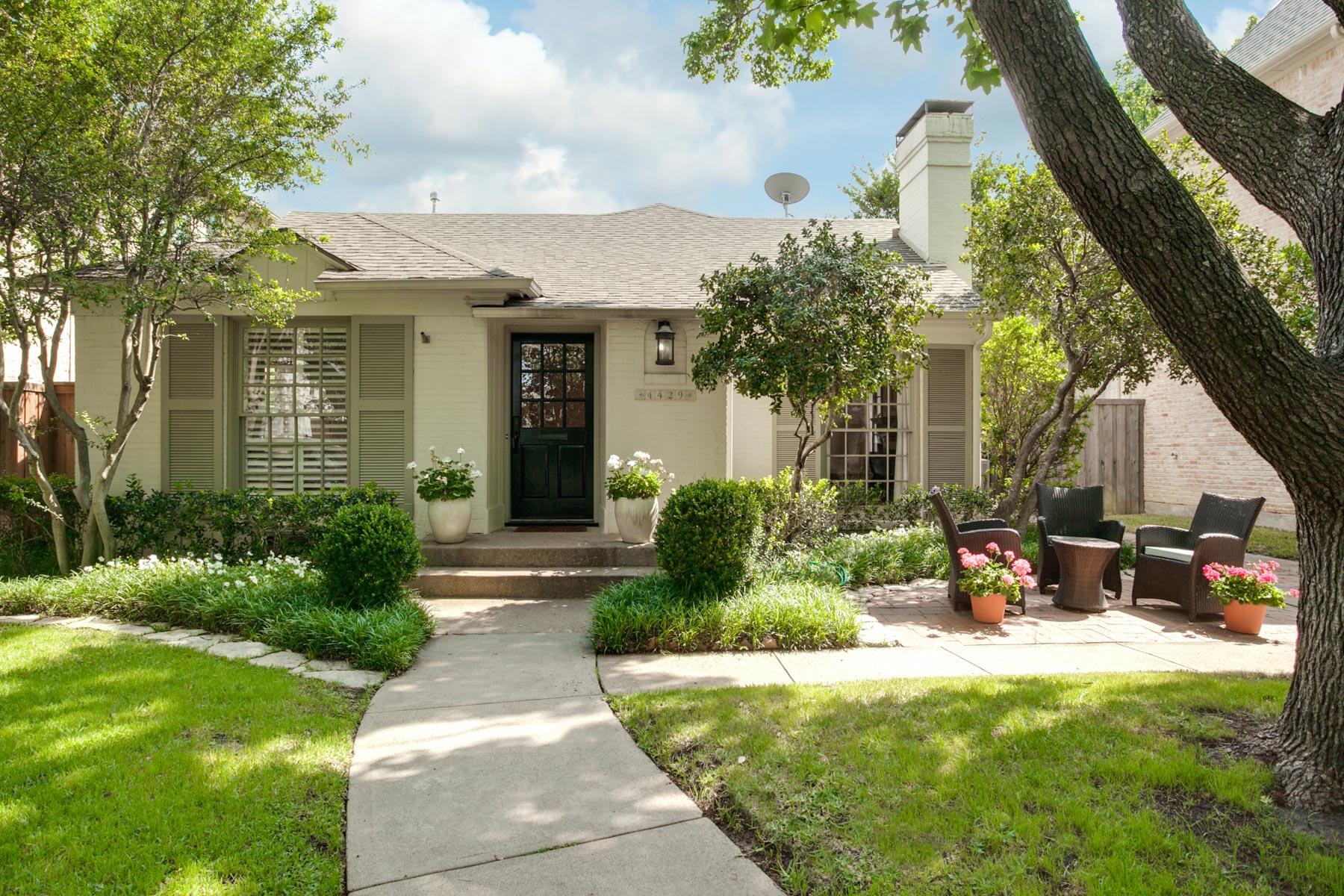 獨棟家庭住宅 為 出售 在 Highland Park Cottage 4429 Grassmere Ln Dallas, 德克薩斯州, 75205 美國