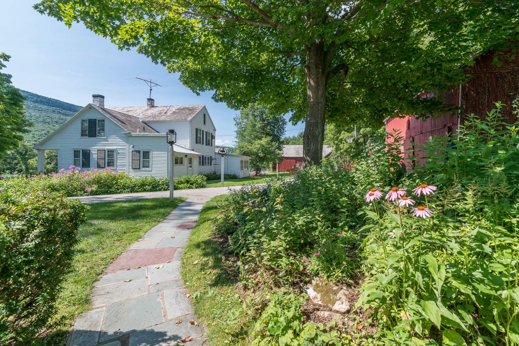 Maison unifamiliale pour l Vente à Sunny Lea Farm 1115 River Rd Manchester, Vermont, 05255 États-Unis