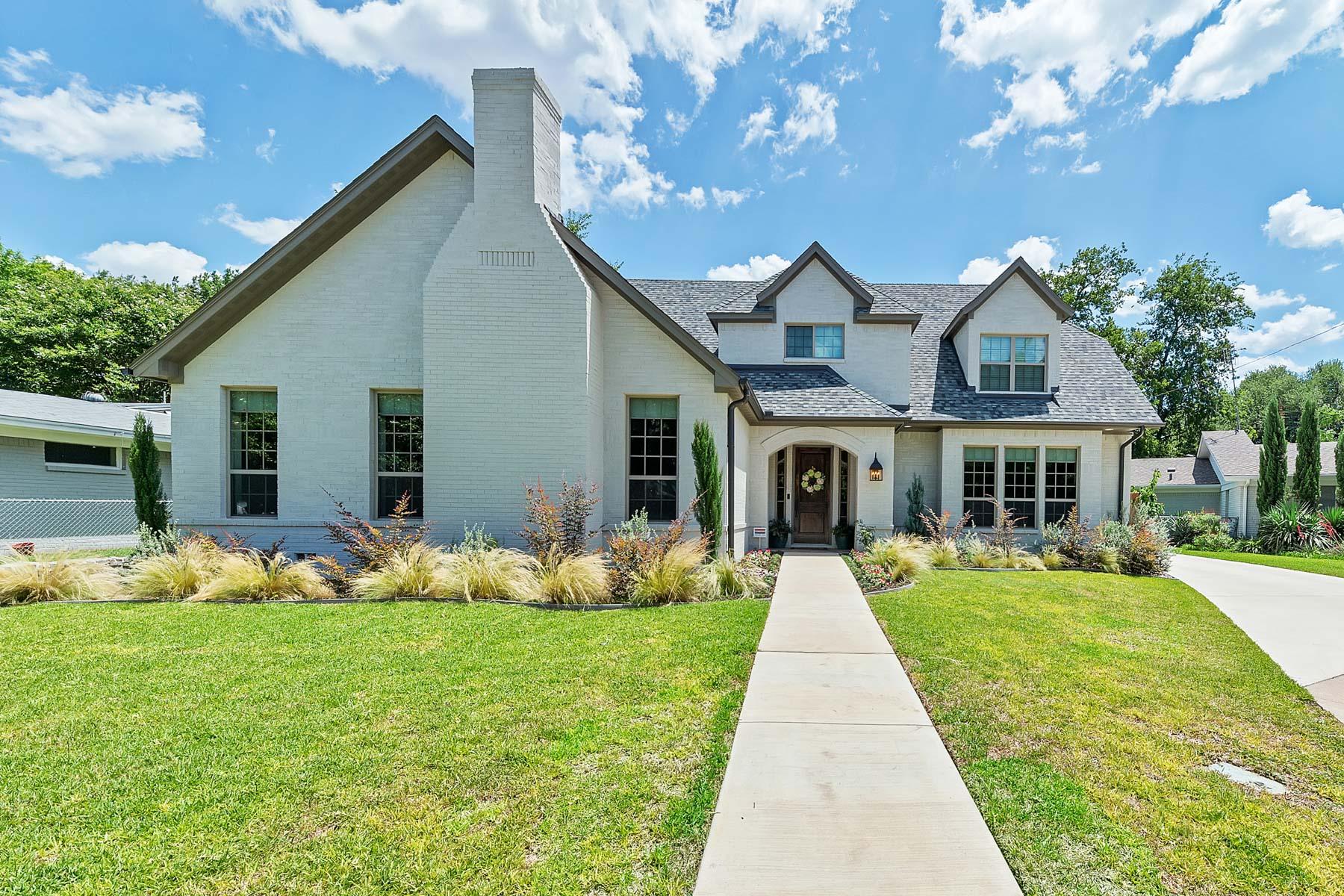 Частный односемейный дом для того Продажа на 3917 Claridge Court, Fort Worth 3917 Claridge Ct Fort Worth, Техас, 76109 Соединенные Штаты