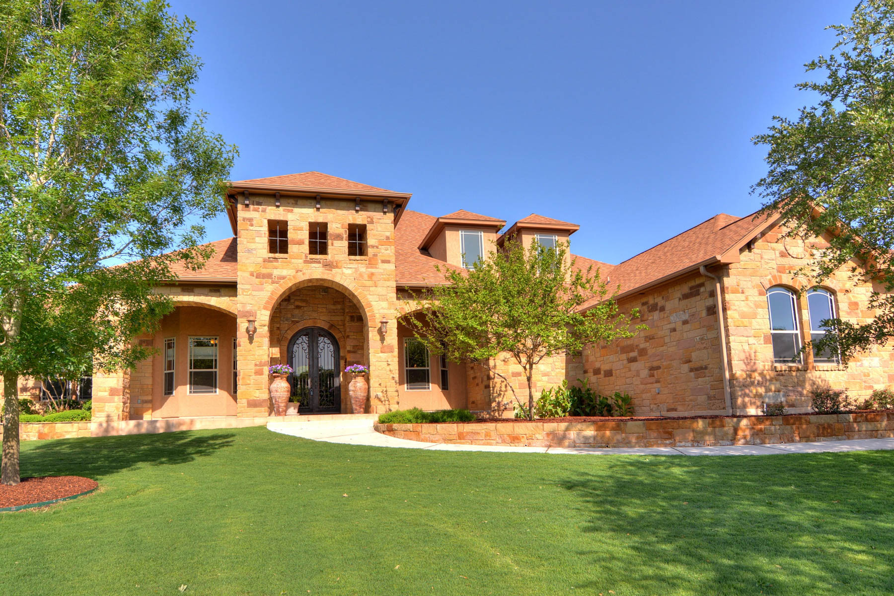 Single Family Home for Sale at Spectacular Estate in Rockwall Ranch 26923 Rockwall Pkwy New Braunfels, Texas 78132 United States