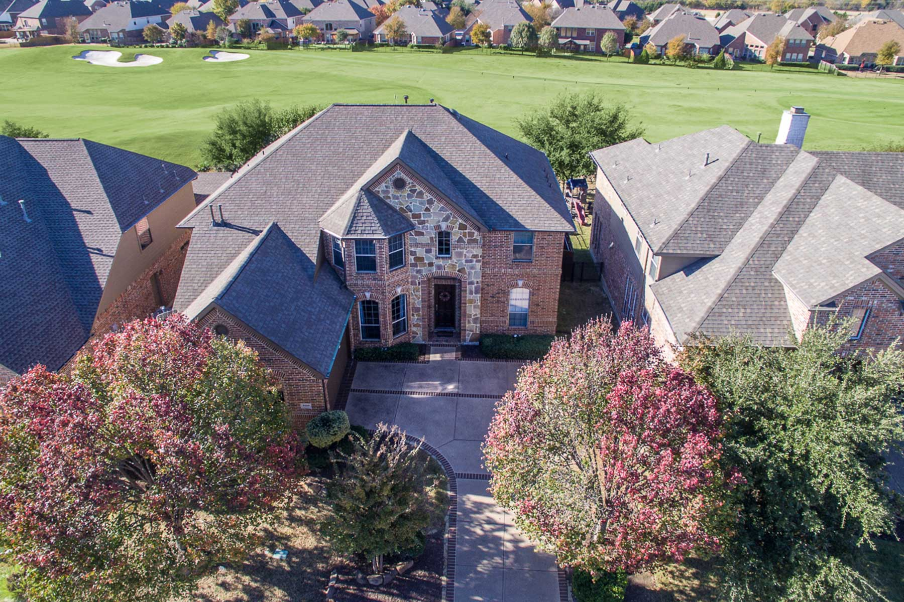 Casa Unifamiliar por un Venta en Golf Course Beauty 8420 Old Hickory Ln McKinney, Texas 75070 Estados Unidos