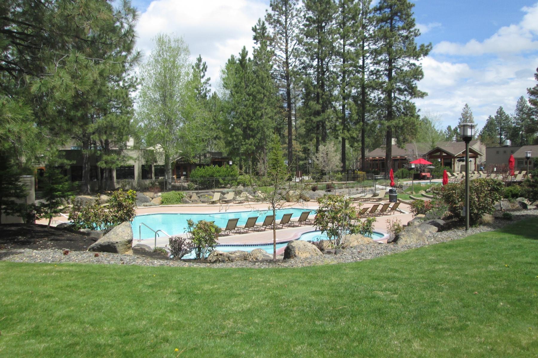 分割所有 のために 売買 アット Vacation in a Great Location! 18575 SW Century Dr 1633 Bend, オレゴン, 97702 アメリカ合衆国