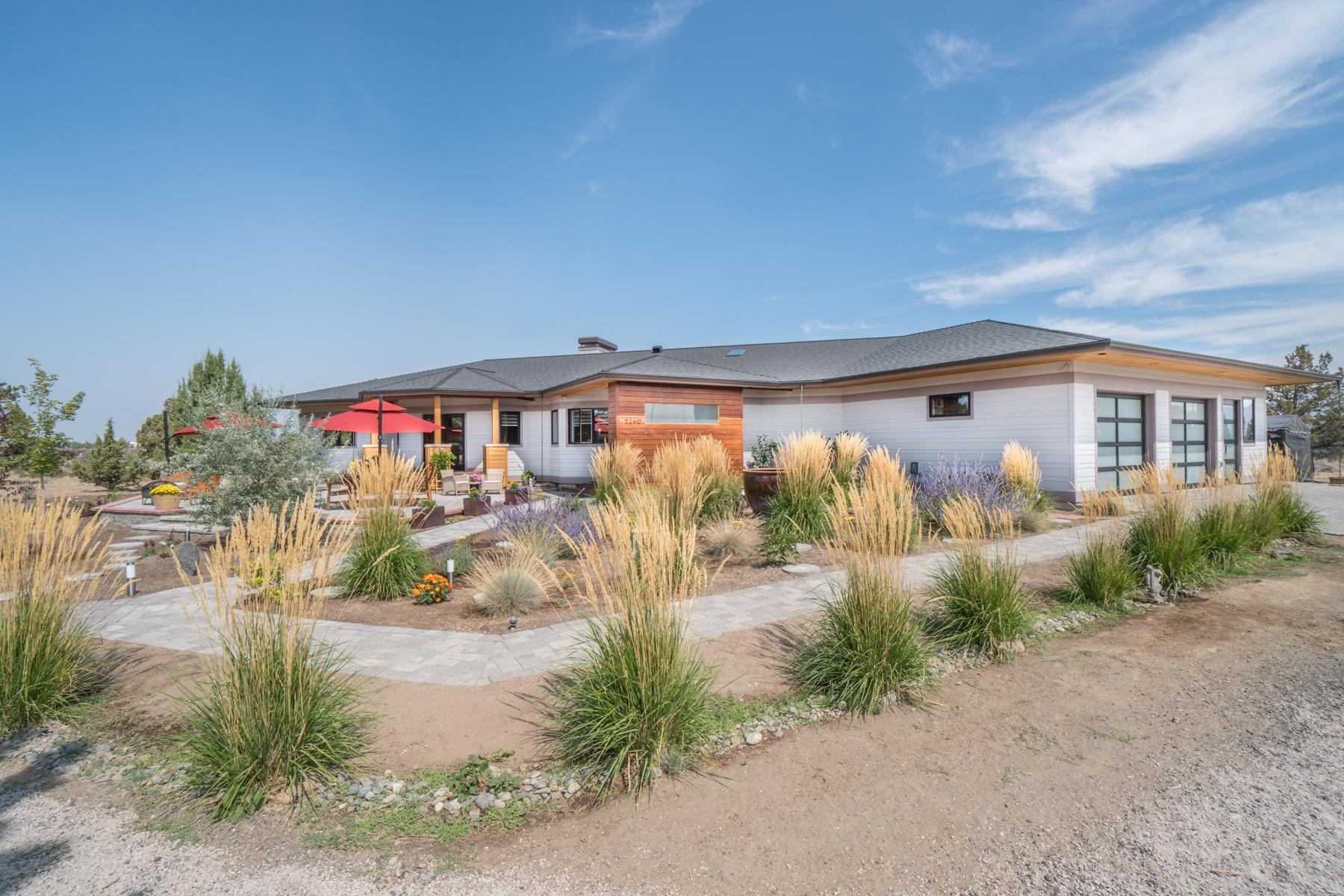 Einfamilienhaus für Verkauf beim Central Oregon Masterpiece 5240 SW Badger Rd Terrebonne, Oregon, 97760 Vereinigte Staaten