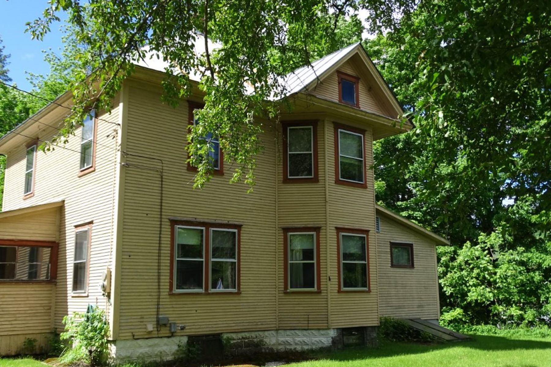 Single Family Home for Sale at Lovely Victorian in Rochester 110 Kennedy Dr Rochester, Vermont, 05767 United States