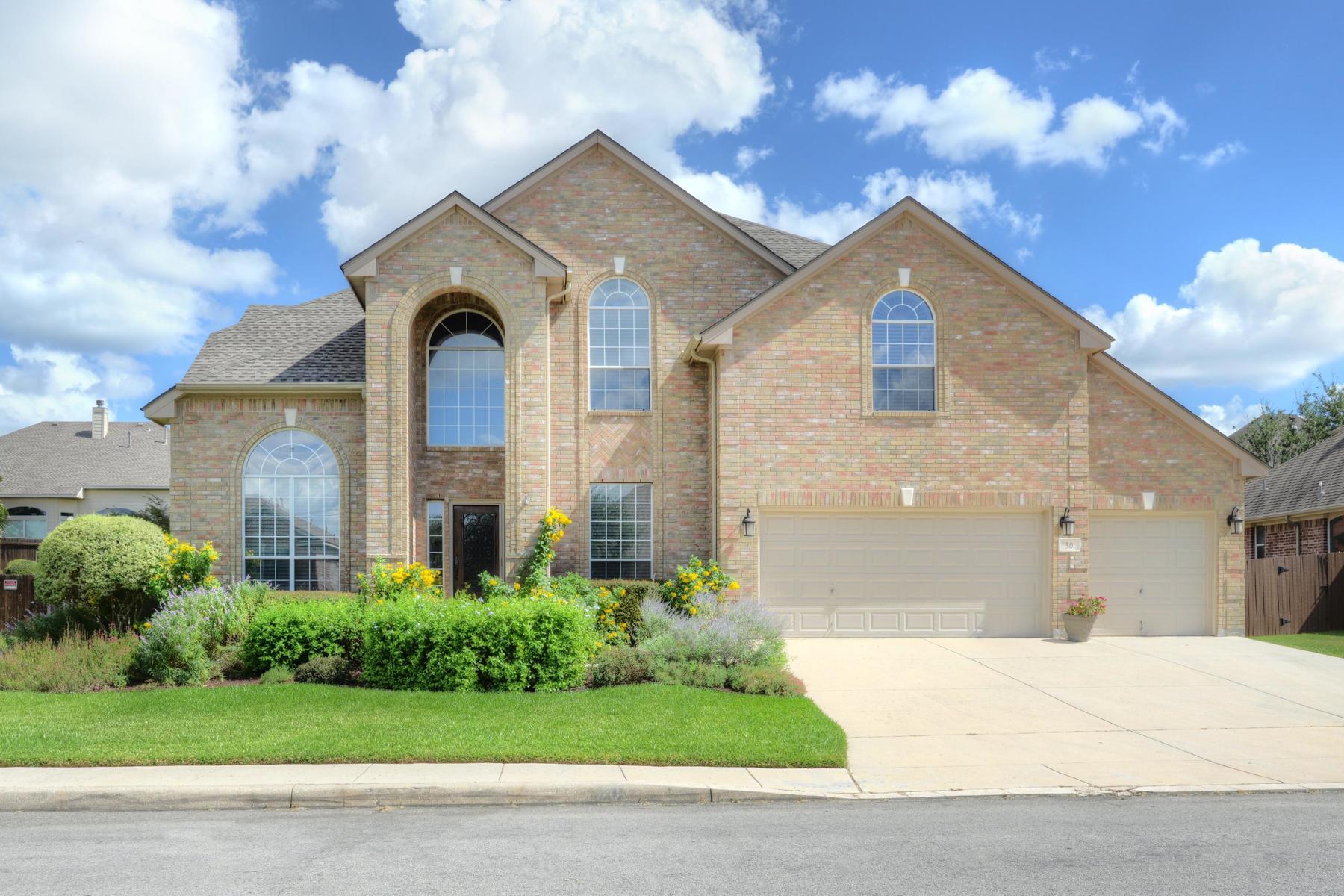 Casa Unifamiliar por un Venta en Plenty of Space in Mesa Grande 30 Sable Heights San Antonio, Texas 78258 Estados Unidos