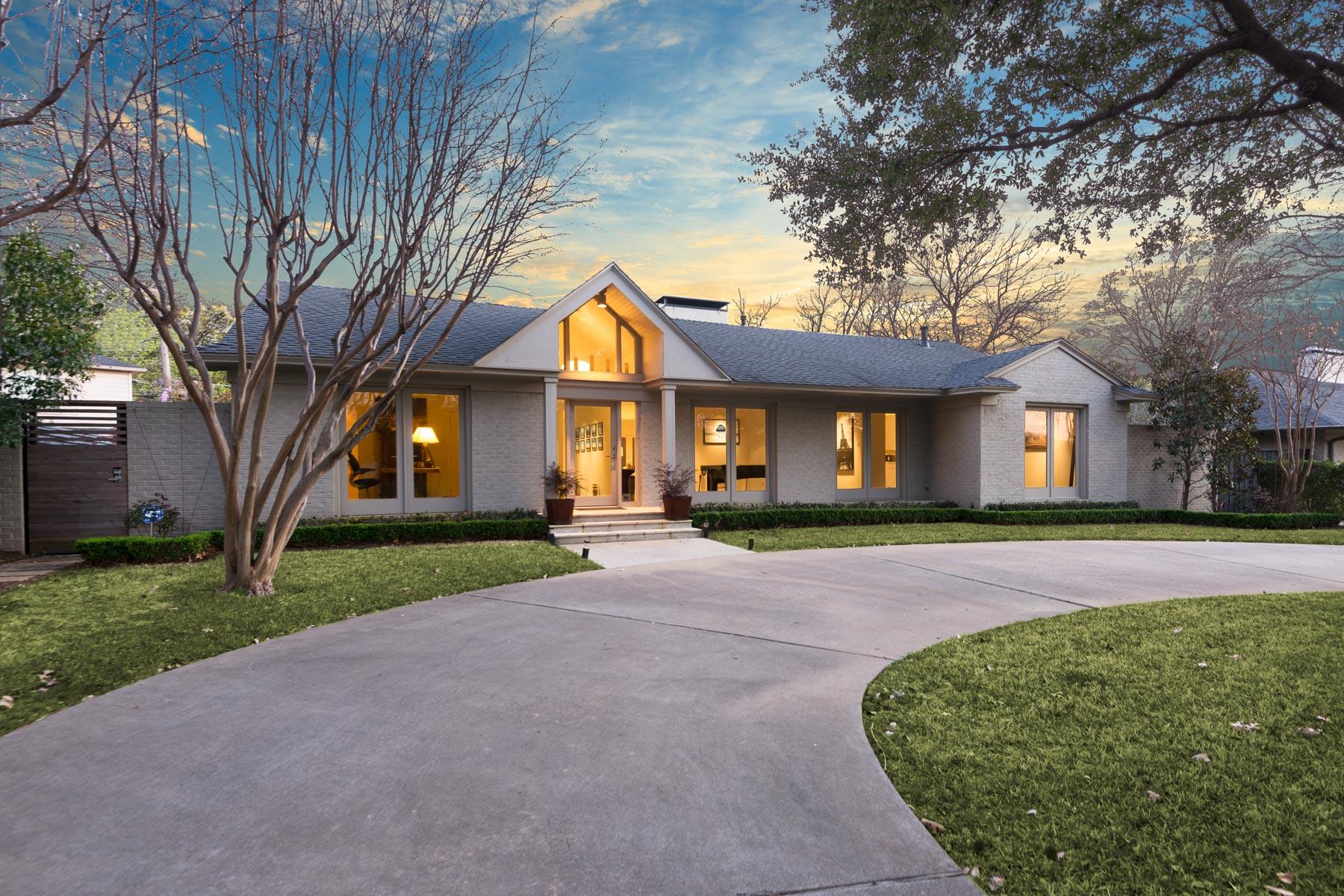 独户住宅 为 销售 在 Chic Contemporary 5210 Edmondson Ave 达拉斯, 得克萨斯州, 75209 美国