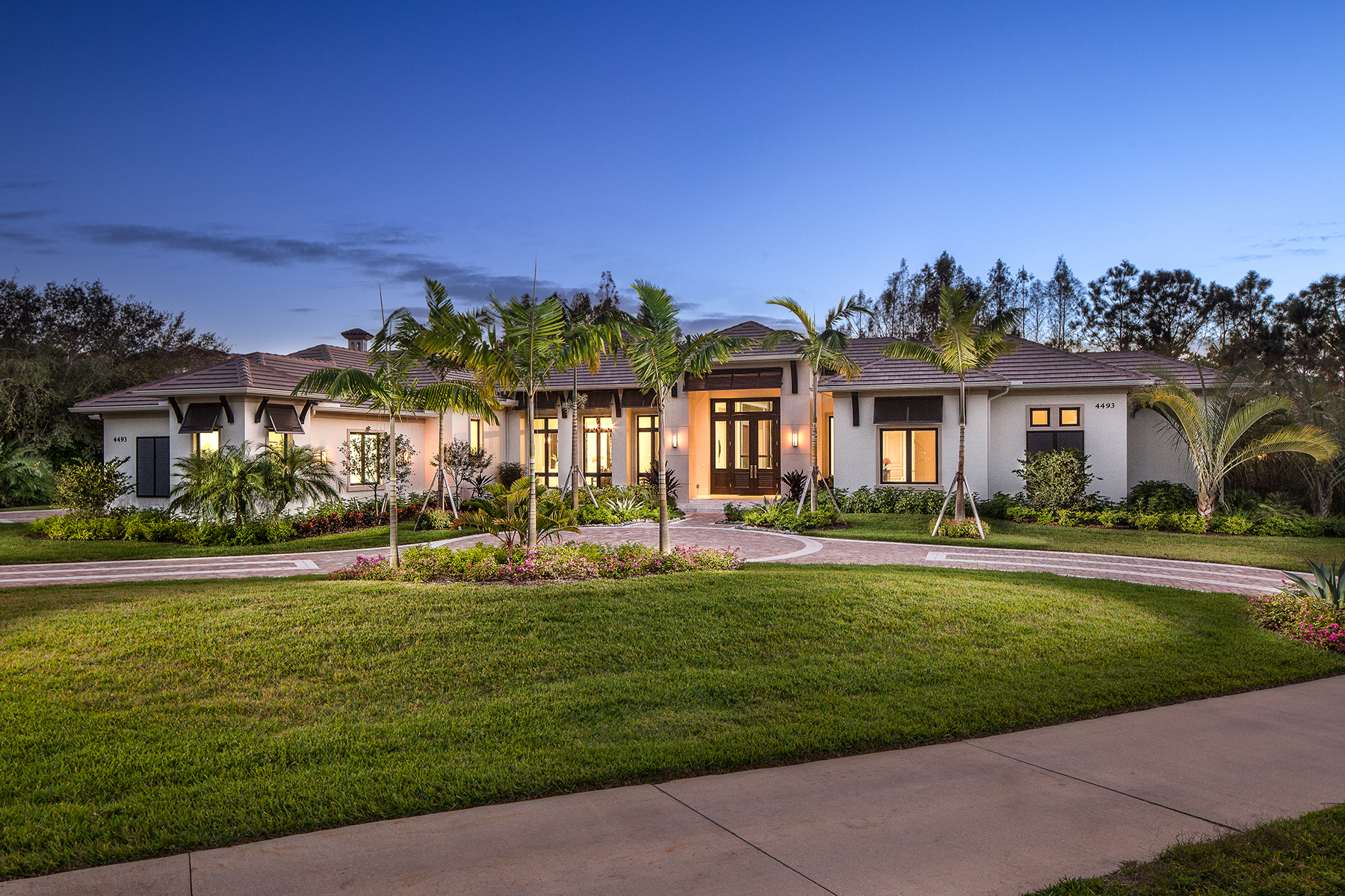 Single Family Home for Sale at QUAIL WEST 4493 Wayside Dr Naples, Florida, 34119 United States