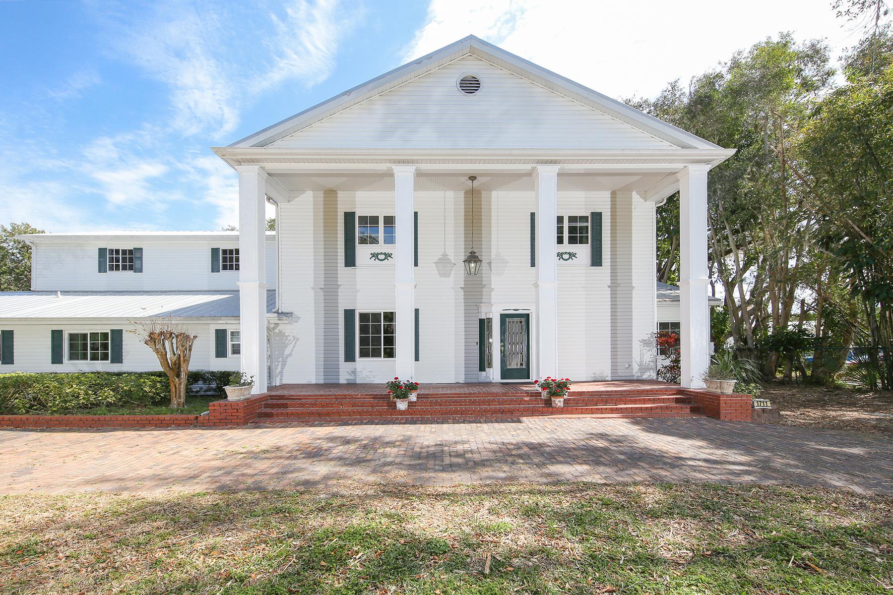 Casa Unifamiliar por un Venta en MANATEE RIVER 1711 71st St NW Bradenton, Florida, 34209 Estados Unidos