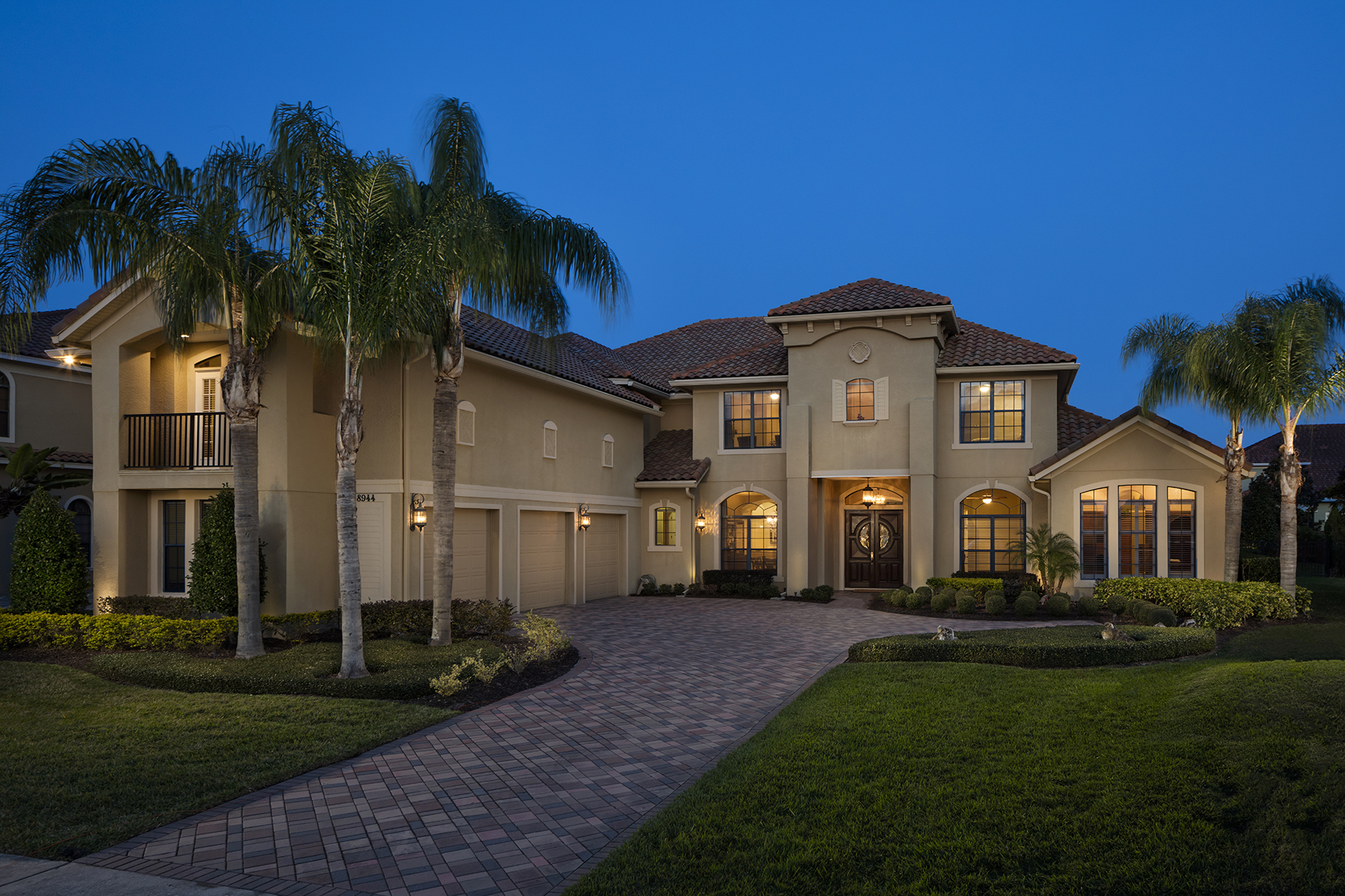 Maison unifamiliale pour l Vente à 8944 Grey Hawk Pt , Orlando, FL 32836 8944 Grey Hawk Pt Orlando, Florida, 32836 États-Unis