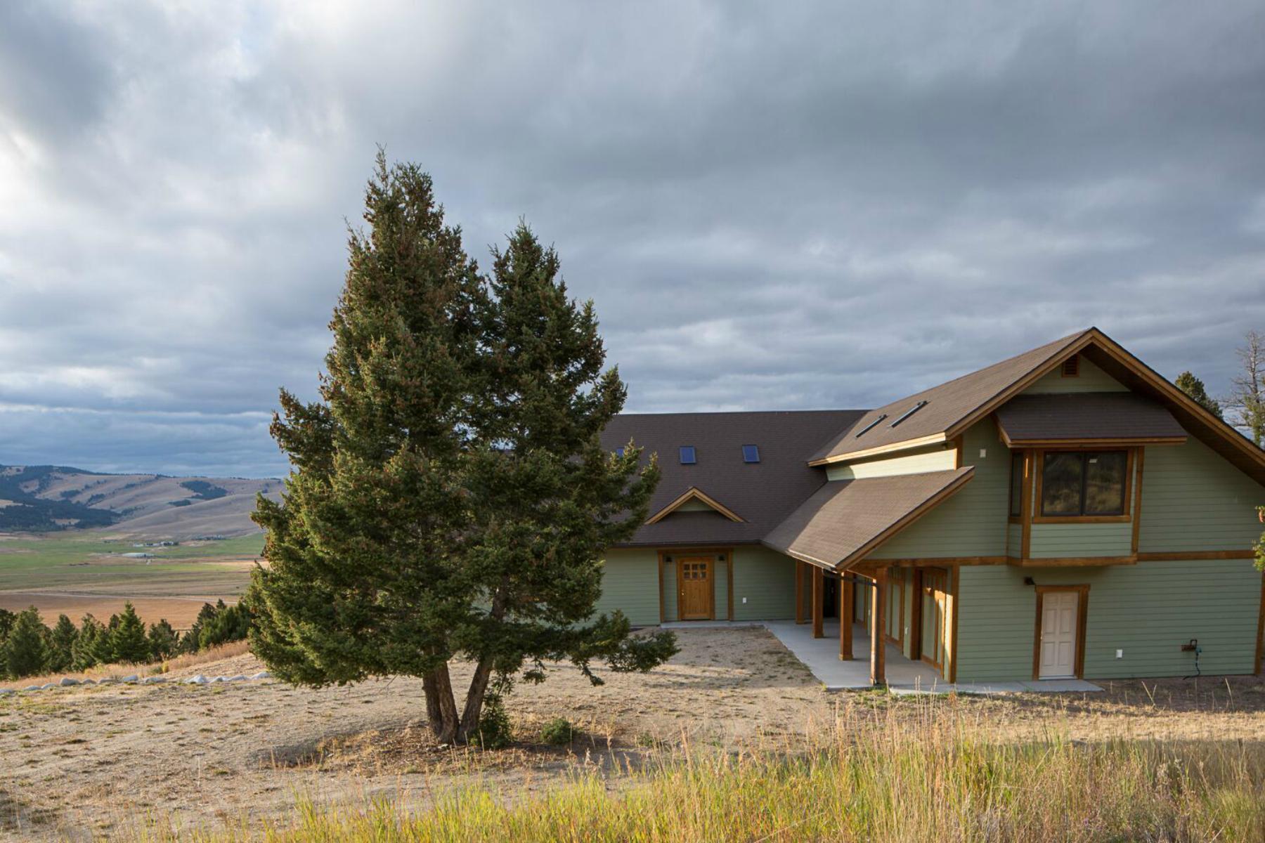 Villa per Vendita alle ore 19 Deer Ln , Philipsburg, MT 59858 19 Deer Ln Philipsburg, Montana, 59858 Stati Uniti