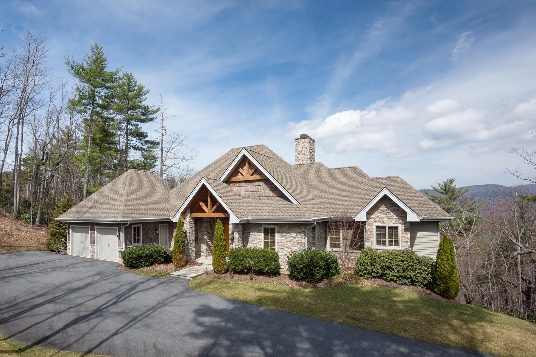 Einfamilienhaus für Verkauf beim Boone 619 Red Cedar Road Boone, North Carolina, 28607 Vereinigte Staaten