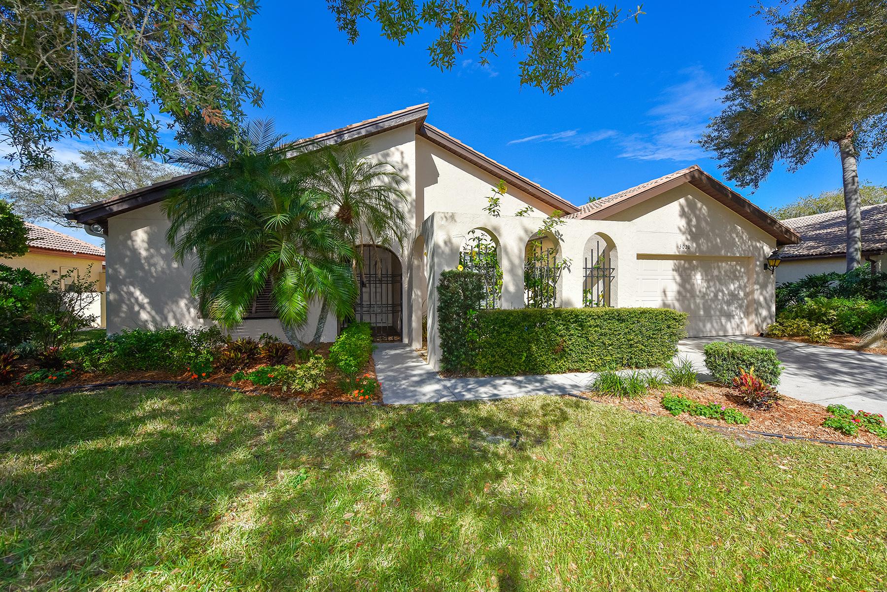 단독 가정 주택 용 매매 에 MEADOWS - MUIRFIELD HEATH 3020 Rosemead Sarasota, 플로리다, 34235 미국