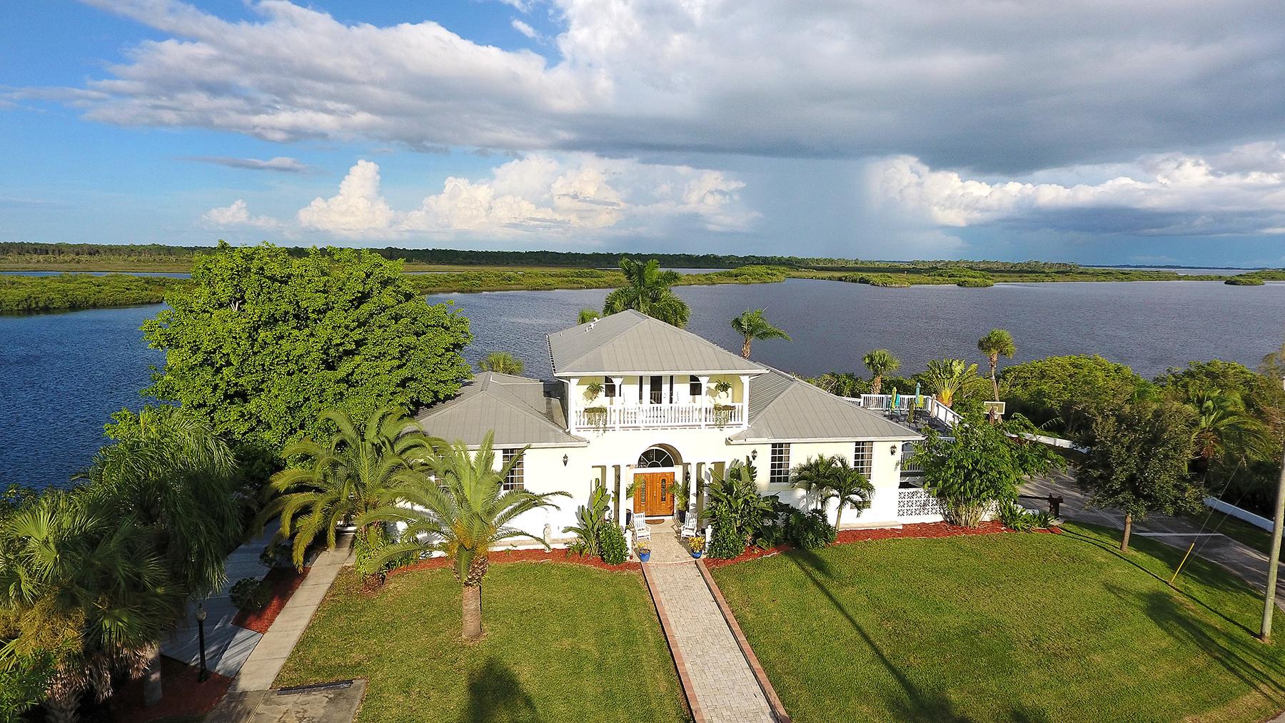 Tek Ailelik Ev için Satış at TARPON RANCH ESTATE 9400 Myakka Dr Venice, Florida, 34293 Amerika Birleşik Devletleri
