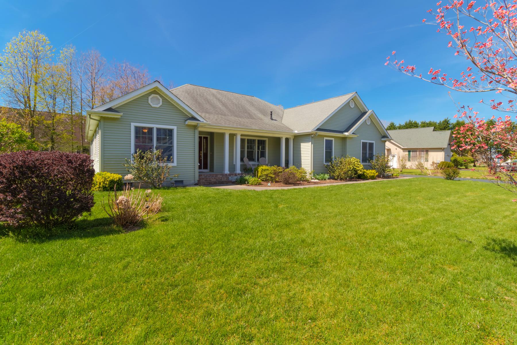 Частный односемейный дом для того Продажа на 17042 Jays Way , Milton, DE 19968 17042 Jays Way Milton, 19968 Соединенные Штаты