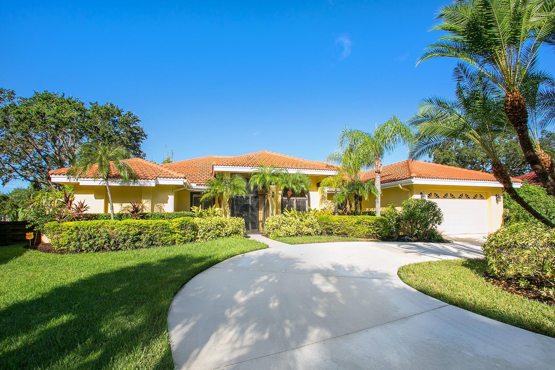 独户住宅 为 销售 在 THE LANDINGS 5165 Kestral Park Ln 萨拉索塔, 佛罗里达州, 34231 美国