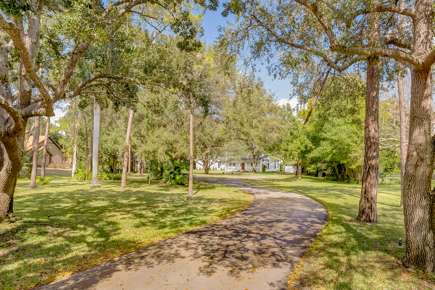 Single Family Home for Sale at FORT MYERS 6771 Magnolia Ln Fort Myers, Florida, 33966 United States