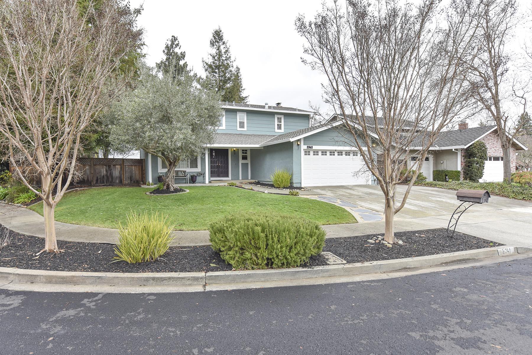 sales property at 2341 Chad Ct, Napa, CA 94558