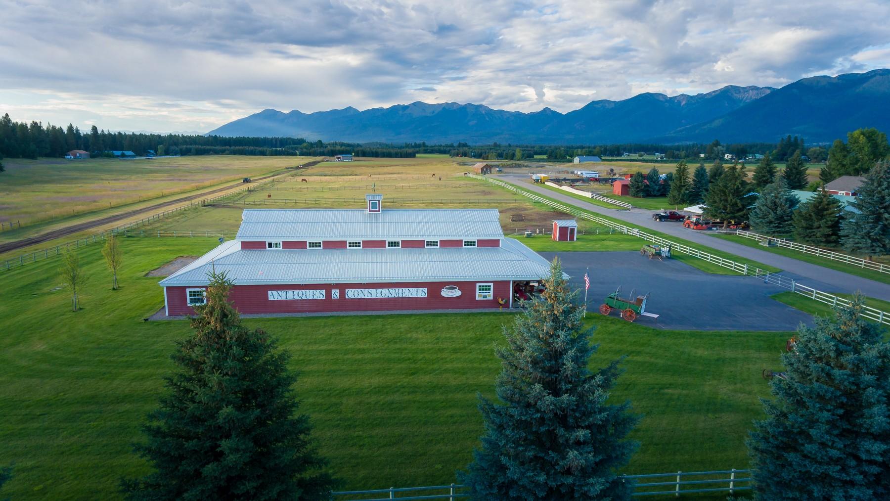 Additional photo for property listing at 198 Hill Rd , Bigfork, MT 59911 198  Hill Rd Bigfork, Montana 59911 United States