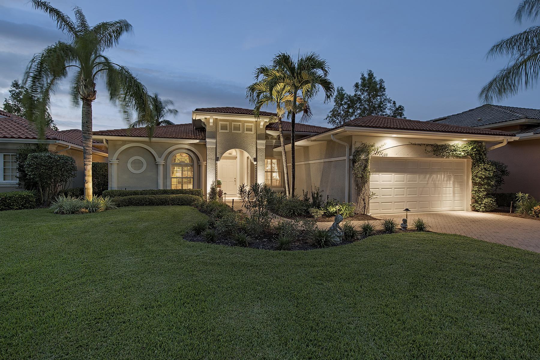 Casa Unifamiliar por un Venta en OLDE CYPRESS - SANTA ROSA 7395 Monteverde Way Naples, Florida, 34119 Estados Unidos