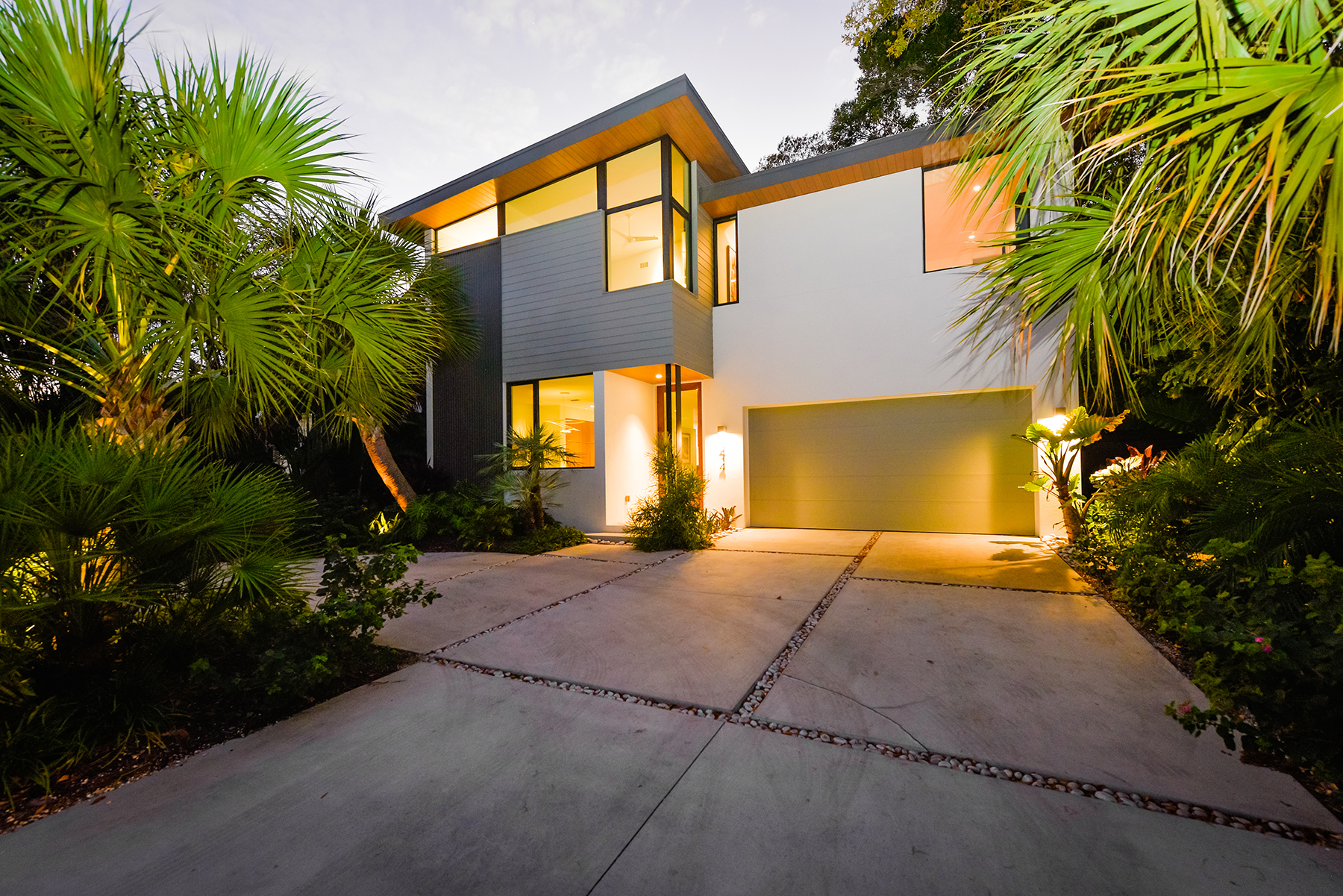 Single Family Home for Sale at SARASOTA 1414 S Osprey Ave Sarasota, Florida, 34239 United States