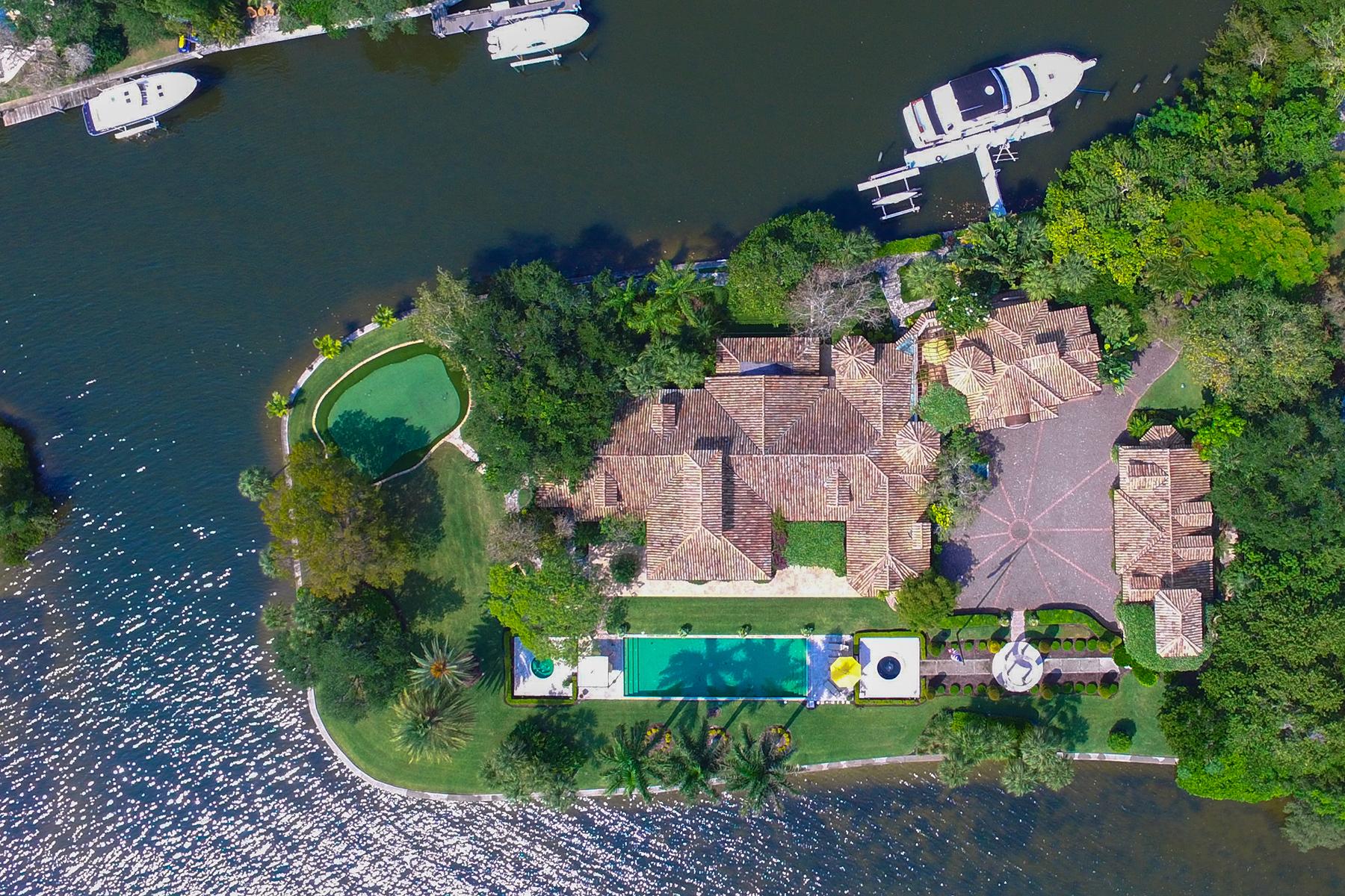 独户住宅 为 销售 在 SIESTA KEY 1300 Hidden Harbor Way, 萨拉索塔, 佛罗里达州 34242 美国