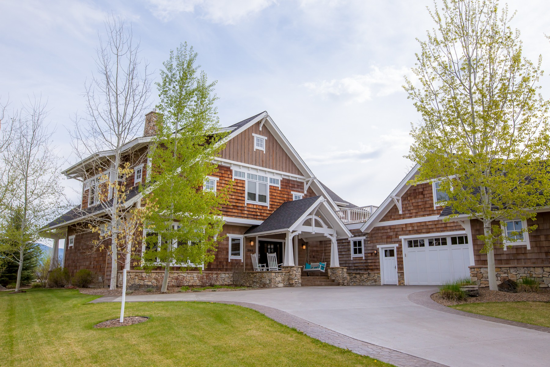 Maison unifamiliale pour l Vente à 3064 River Lakes Dr , Whitefish, MT 59937 3064 River Lakes Dr Whitefish, Montana, 59937 États-Unis