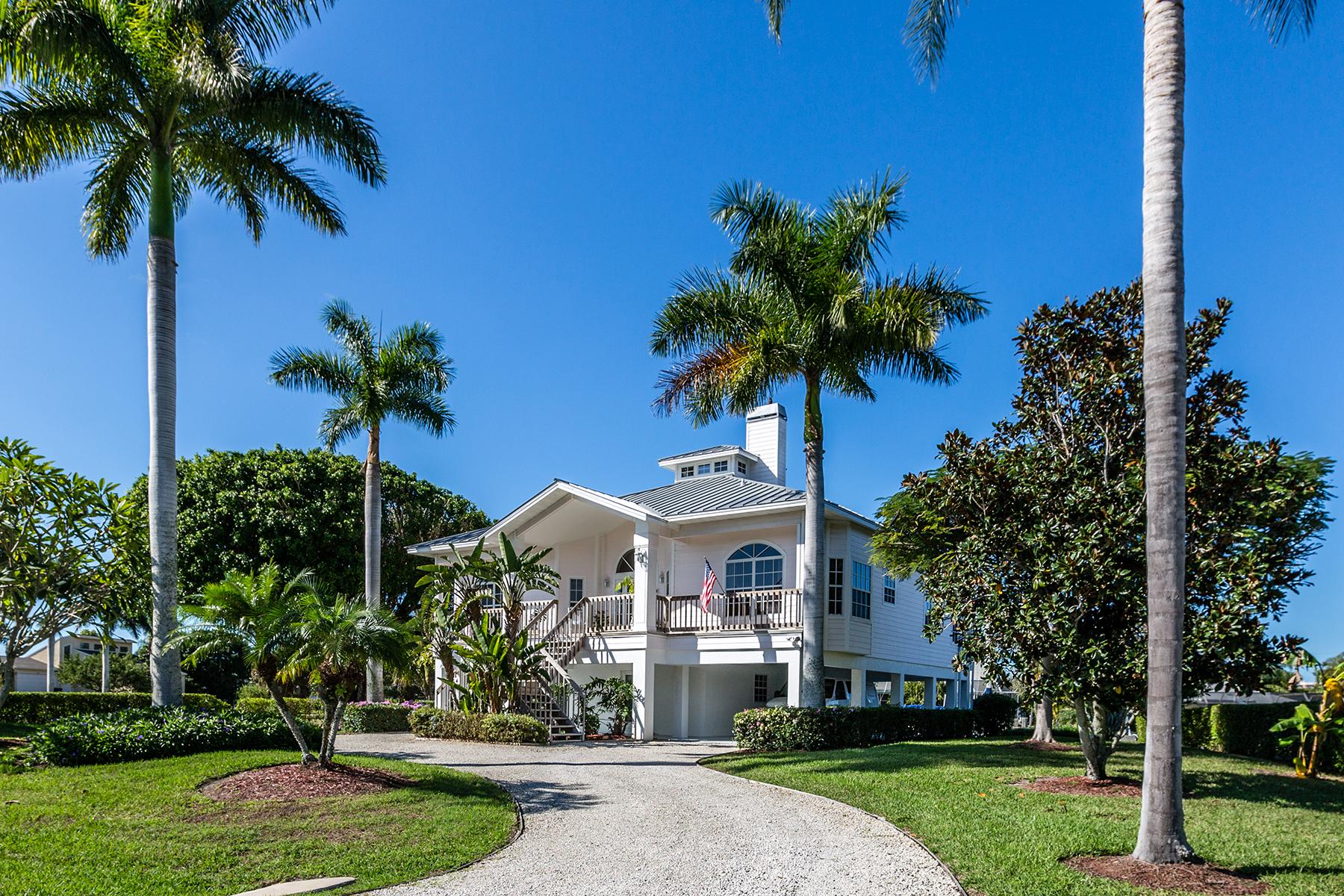 Villa per Vendita alle ore MARCO ISLAND 1064 Gayer Way Marco Island, Florida, 34145 Stati Uniti