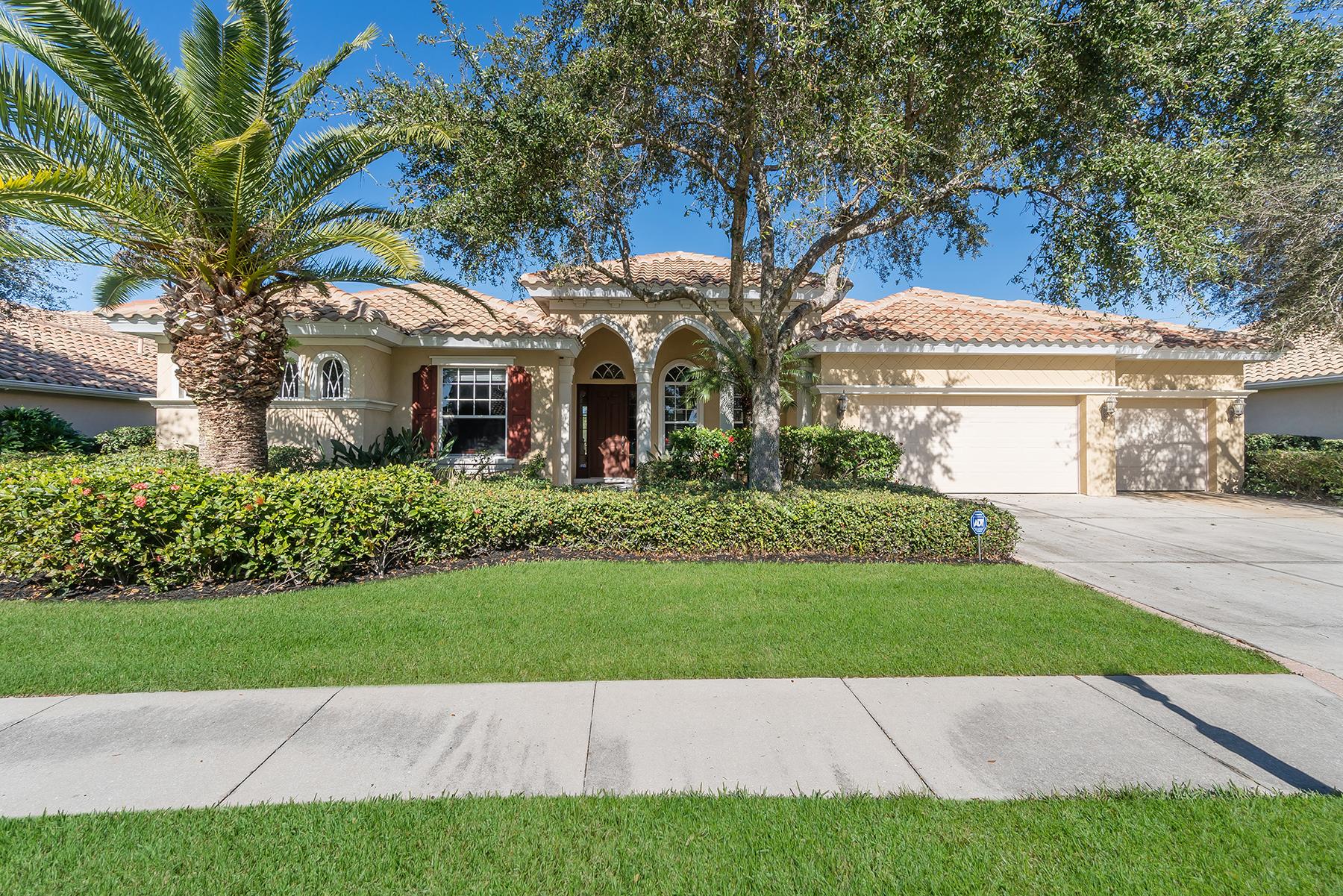 Casa Unifamiliar por un Venta en WATERLEFE 10411 Winding Stream Way Bradenton, Florida, 34212 Estados Unidos