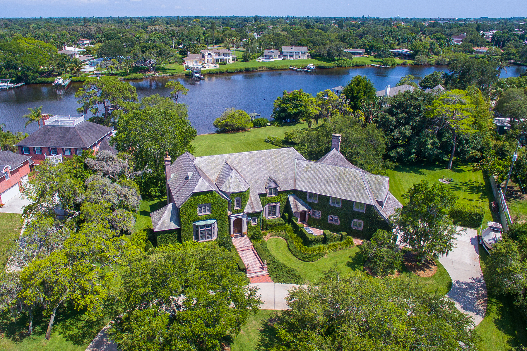 Additional photo for property listing at BAYOU BEND 1112  64th St  NW,  Bradenton, Florida 34209 United States