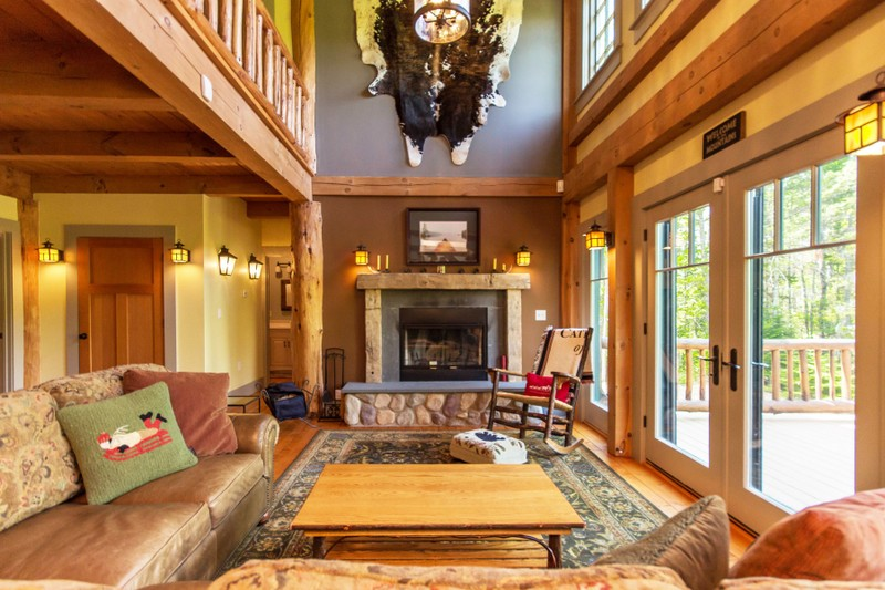 Additional photo for property listing at Traditional Pine Timber Framed Home 51  Mountain Path Johnsburg, New York 12853 États-Unis
