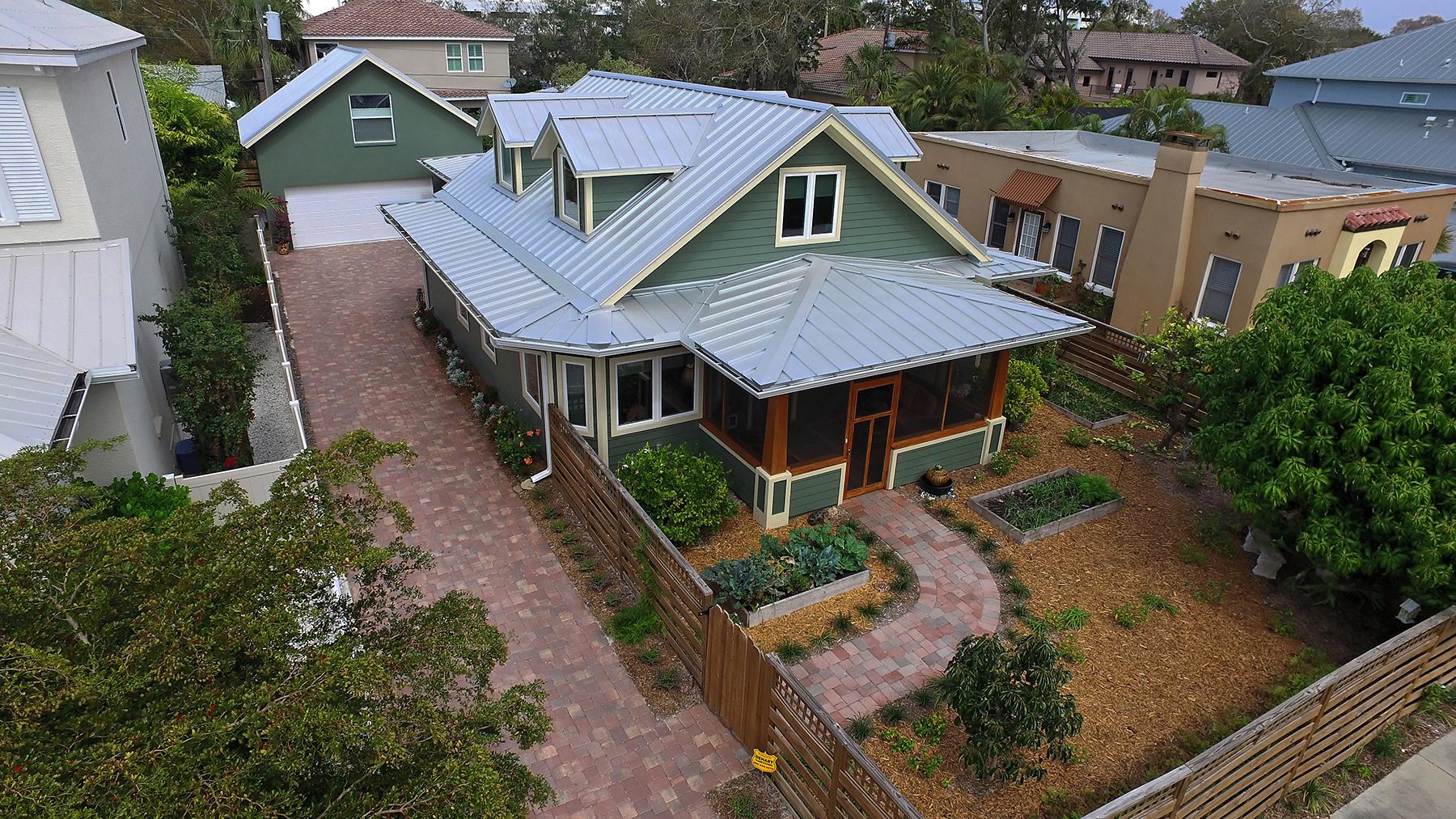 단독 가정 주택 용 매매 에 DESOTA PARK 1841 Datura St Sarasota, 플로리다, 34239 미국