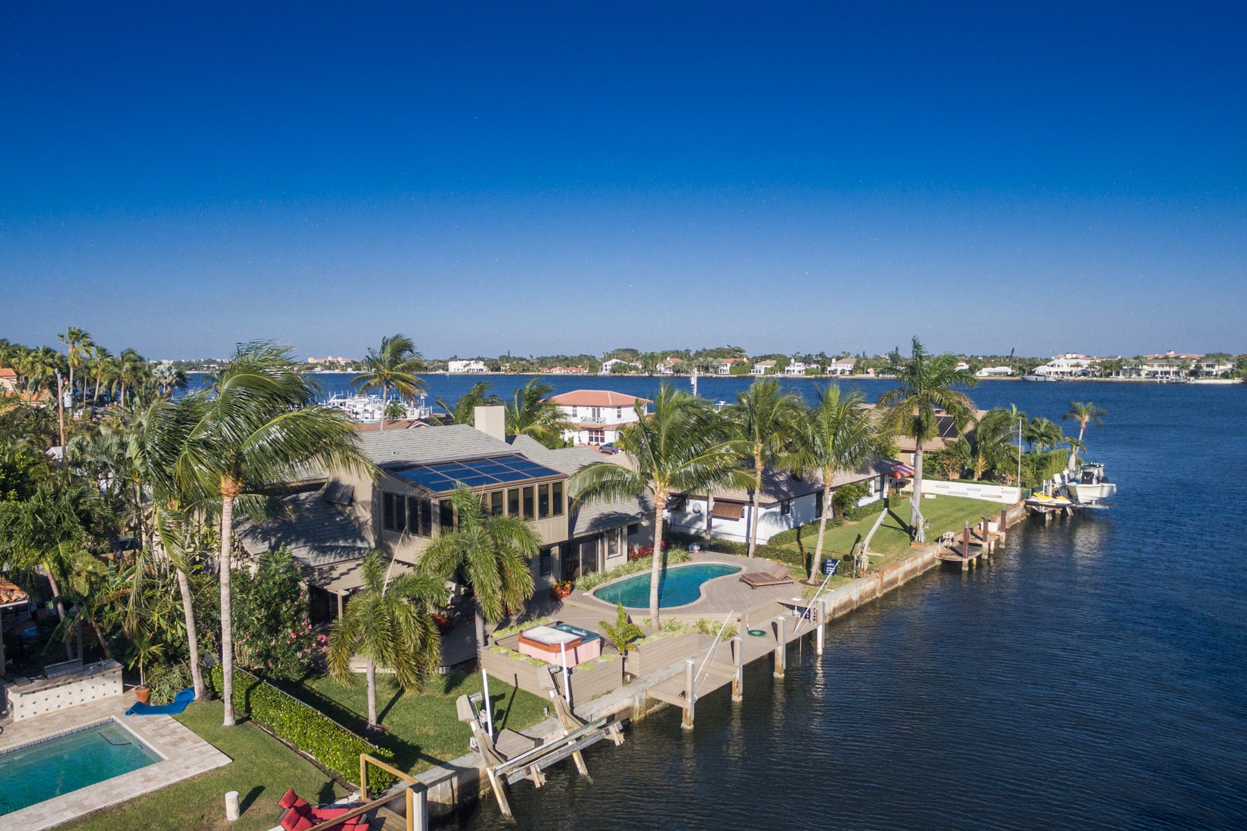 sales property at 171 Lucina Dr , Hypoluxo, FL 33462