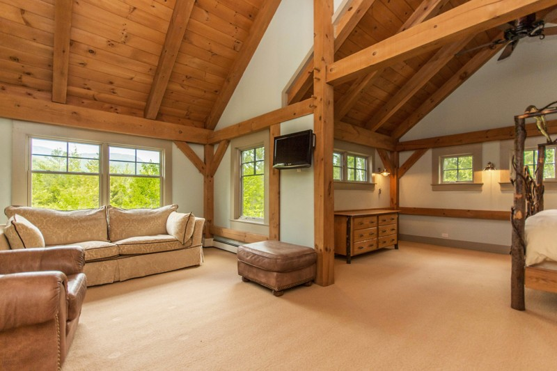 Additional photo for property listing at Traditional Pine Timber Framed Home 51  Mountain Path Johnsburg, Нью-Йорк 12853 Соединенные Штаты