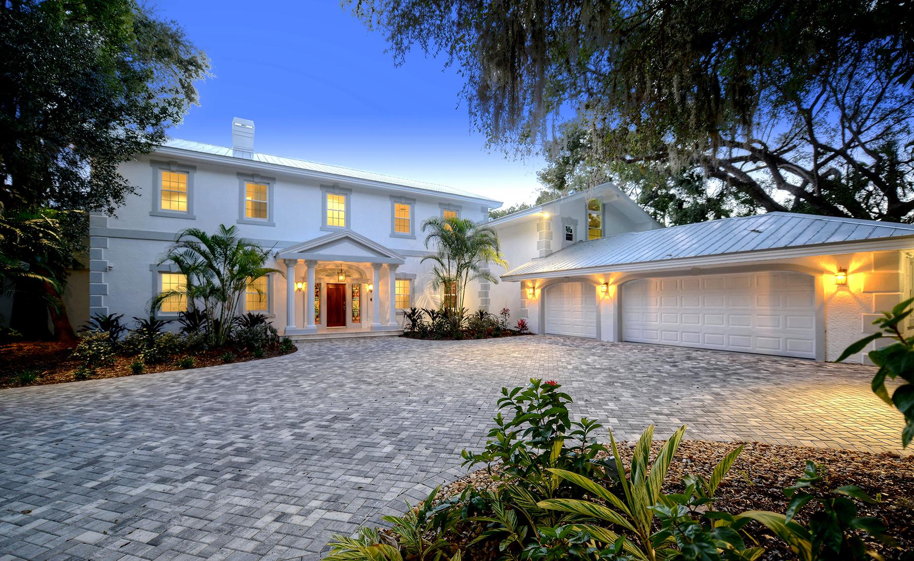Vivienda unifamiliar por un Venta en SARASOTA BAY CLUB 2309 Alameda Ave Sarasota, Florida, 34234 Estados Unidos